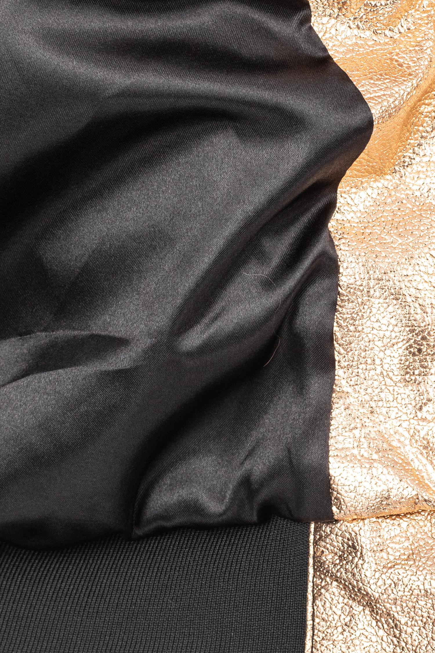 Фото 4 - Женская кожаная куртка из натуральной кожи с воротником от МОСМЕХА золотого цвета