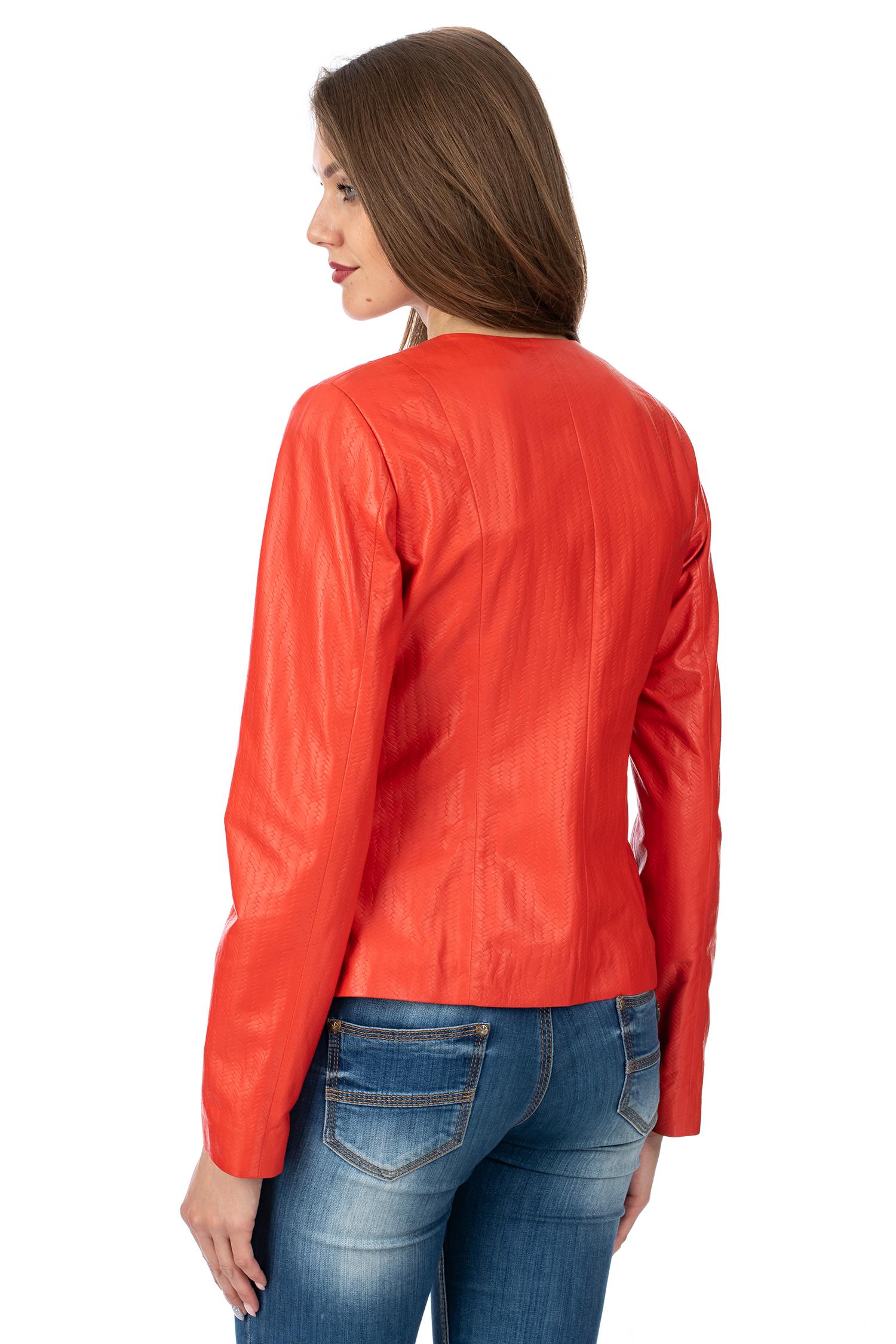Фото 3 - Женская кожаная куртка из натуральной кожи без воротника от МОСМЕХА красного цвета