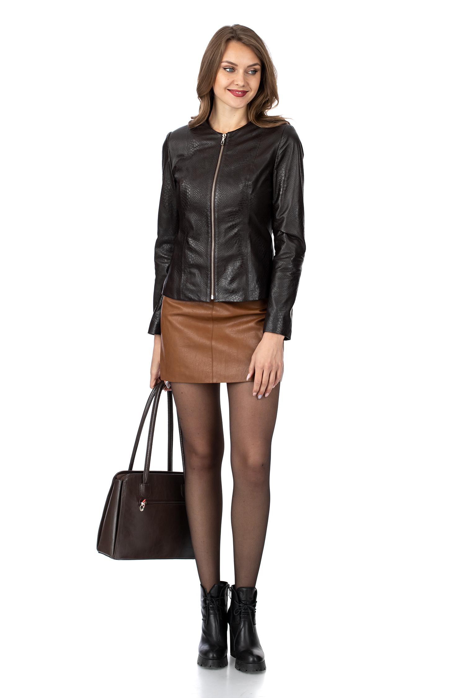 Фото 2 - Женская кожаная куртка из натуральной кожи без воротника от МОСМЕХА коричневого цвета