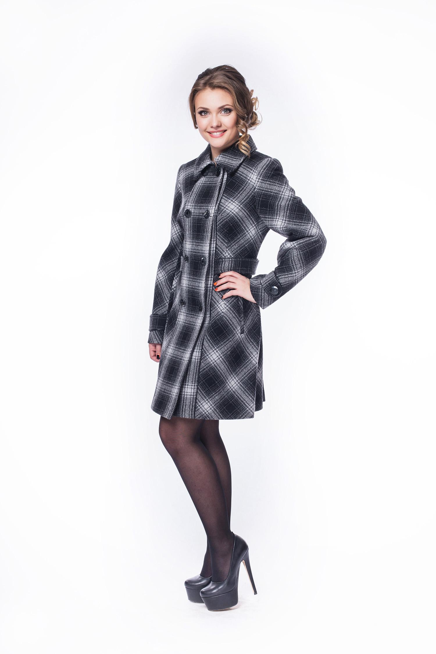 Женское пальто из текстиля с воротником