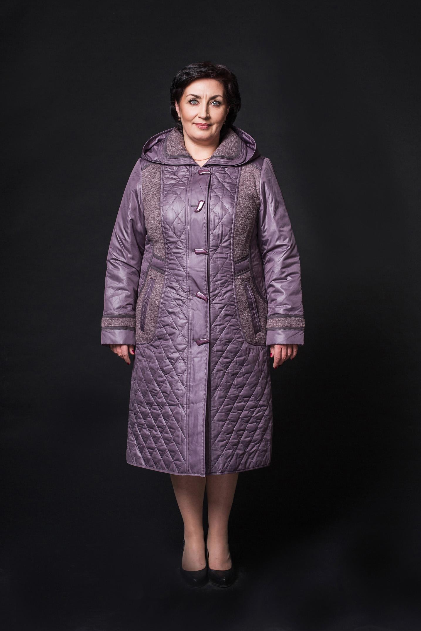 Женское пальто из текстиля с капюшоном МОСМЕХА
