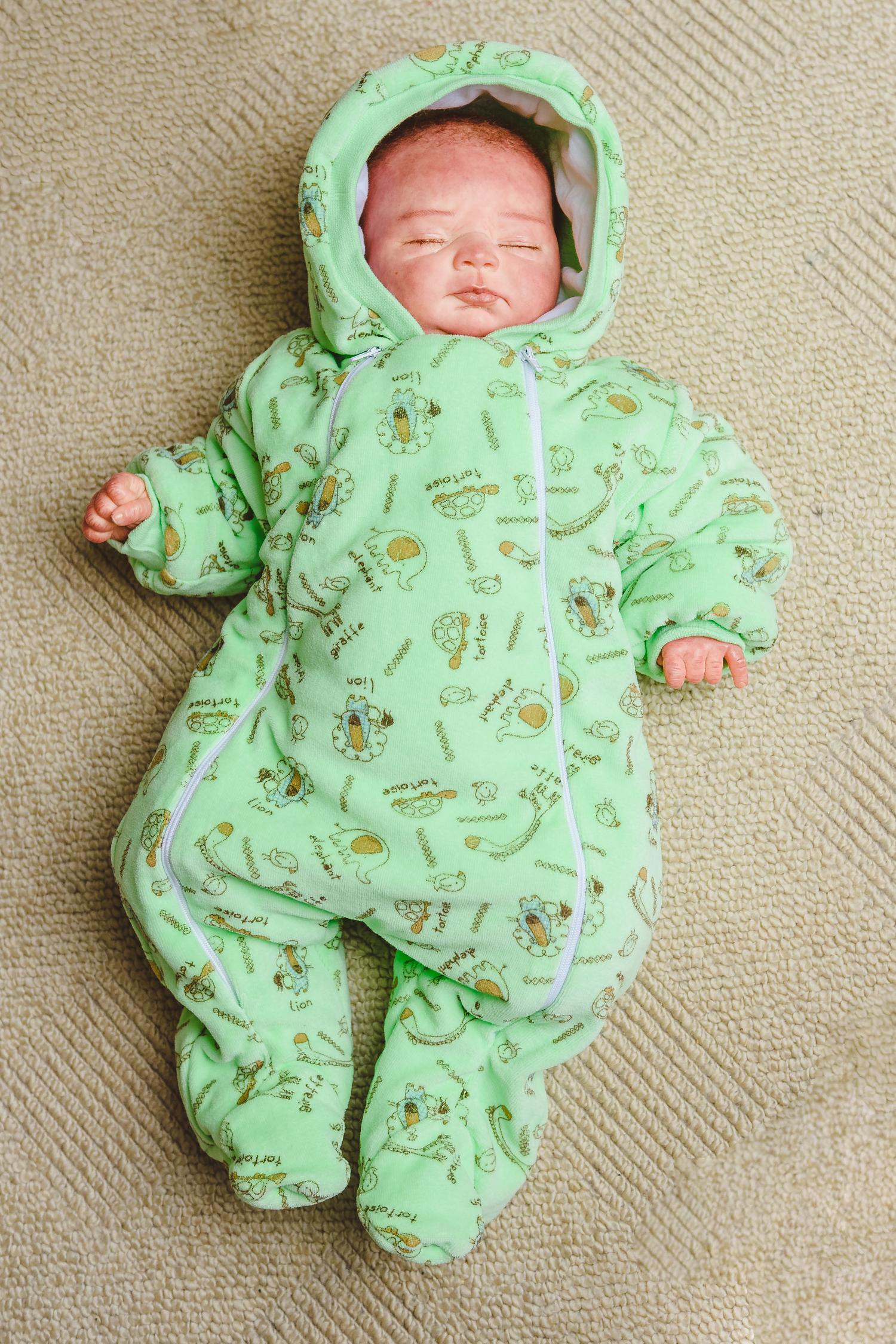 Комбинезон зеленый из текстиля для малышей
