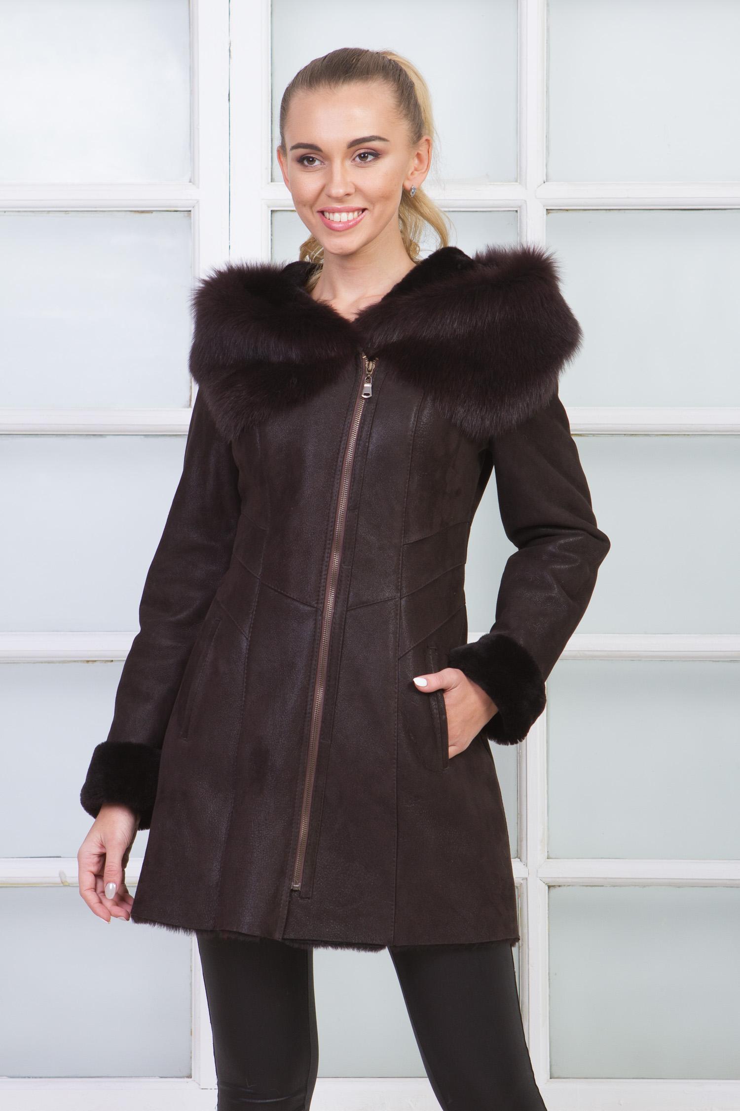 Купить Дубленку женская из натуральной овчины с капюшоном, отделка тоскана от МОСМЕХА коричневого цвета
