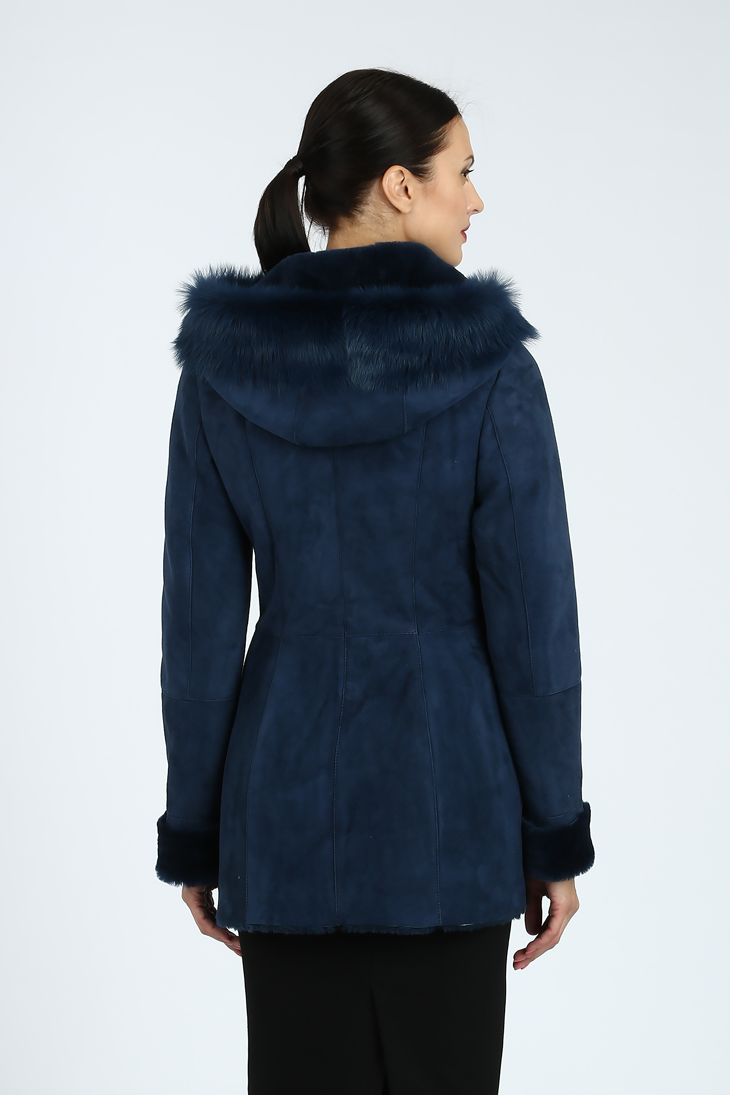 Прямое пальто из шерсти с асимметричным воротником-стойкой
