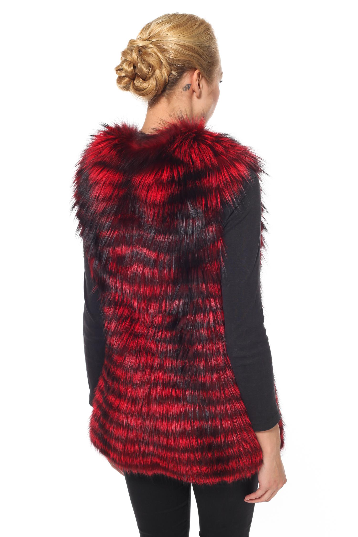 Фото 2 - Меховой жилет из лисы от МОСМЕХА красного цвета