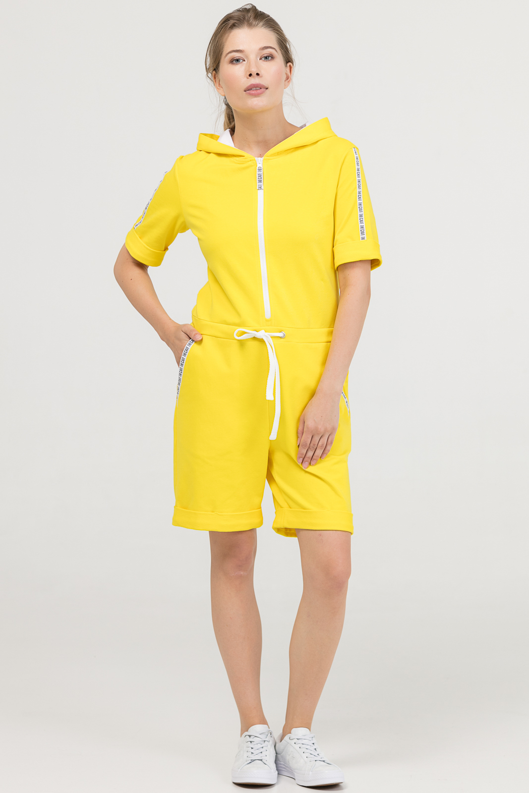 Купить со скидкой Комбинезон Summer желтый женский из текстиля