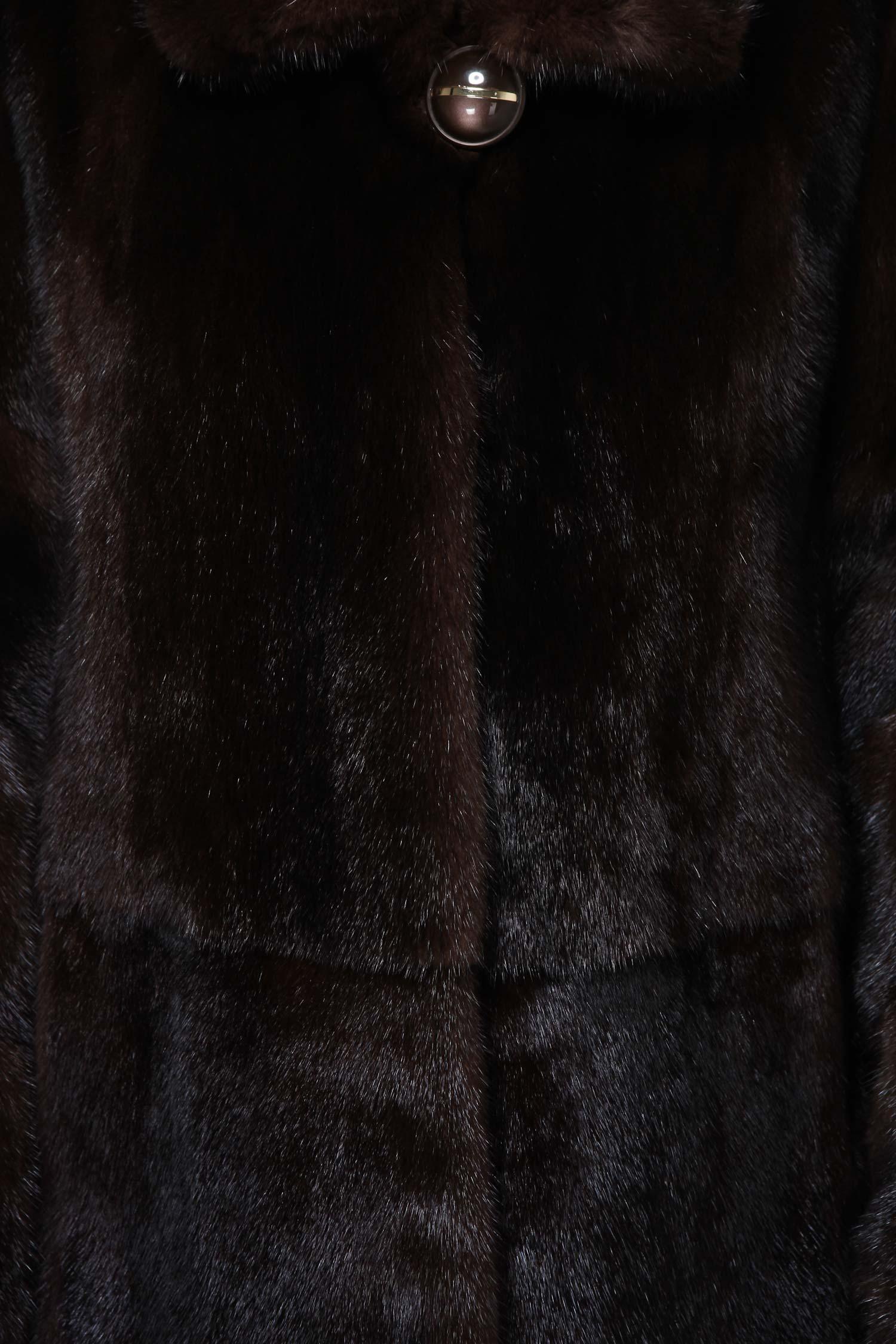 Фото 7 - Шубу из норки с воротником от МОСМЕХА коричневого цвета