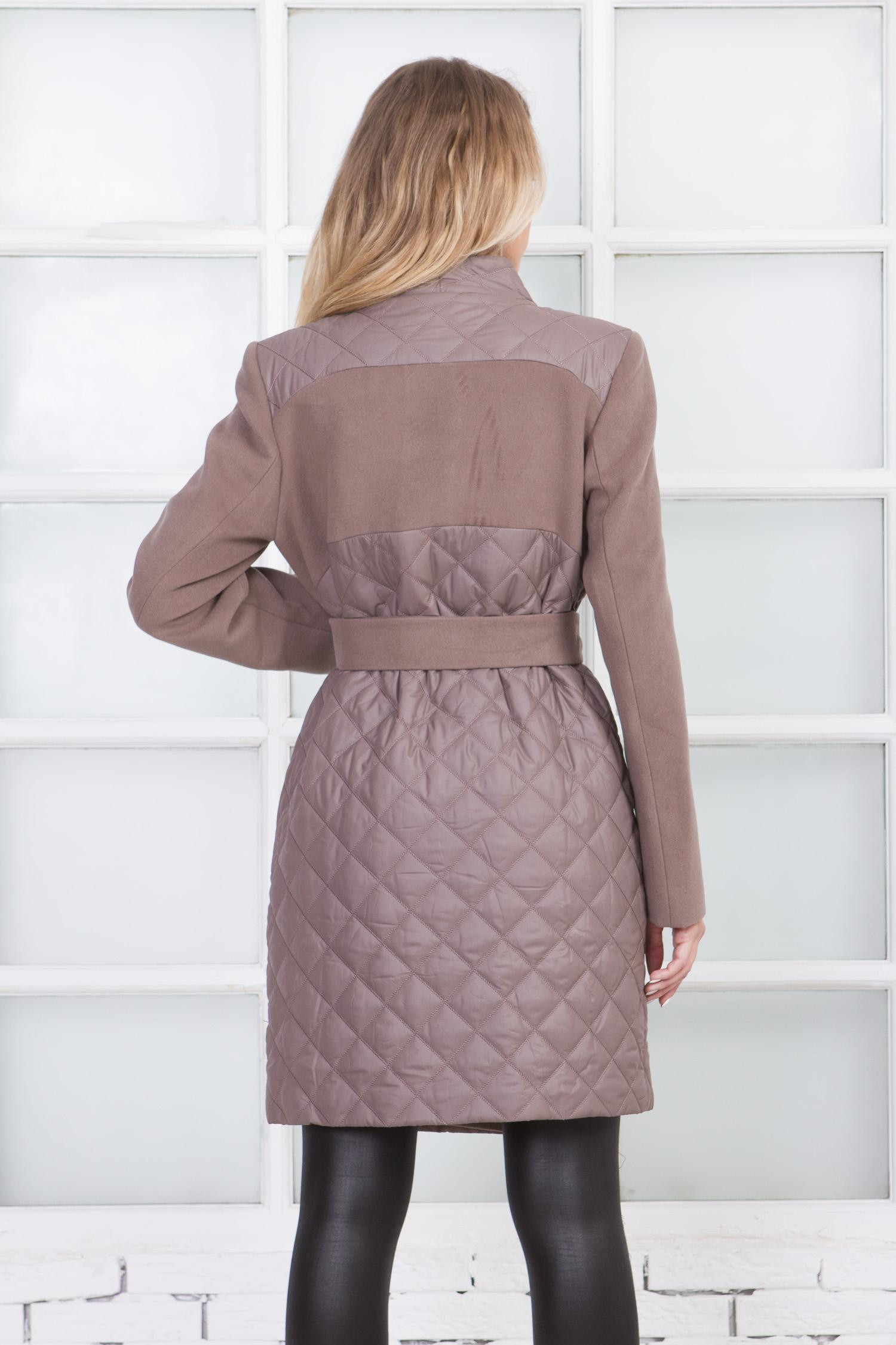 Фото 7 - Женское пальто из текстиля с воротником от МОСМЕХА бежевого цвета