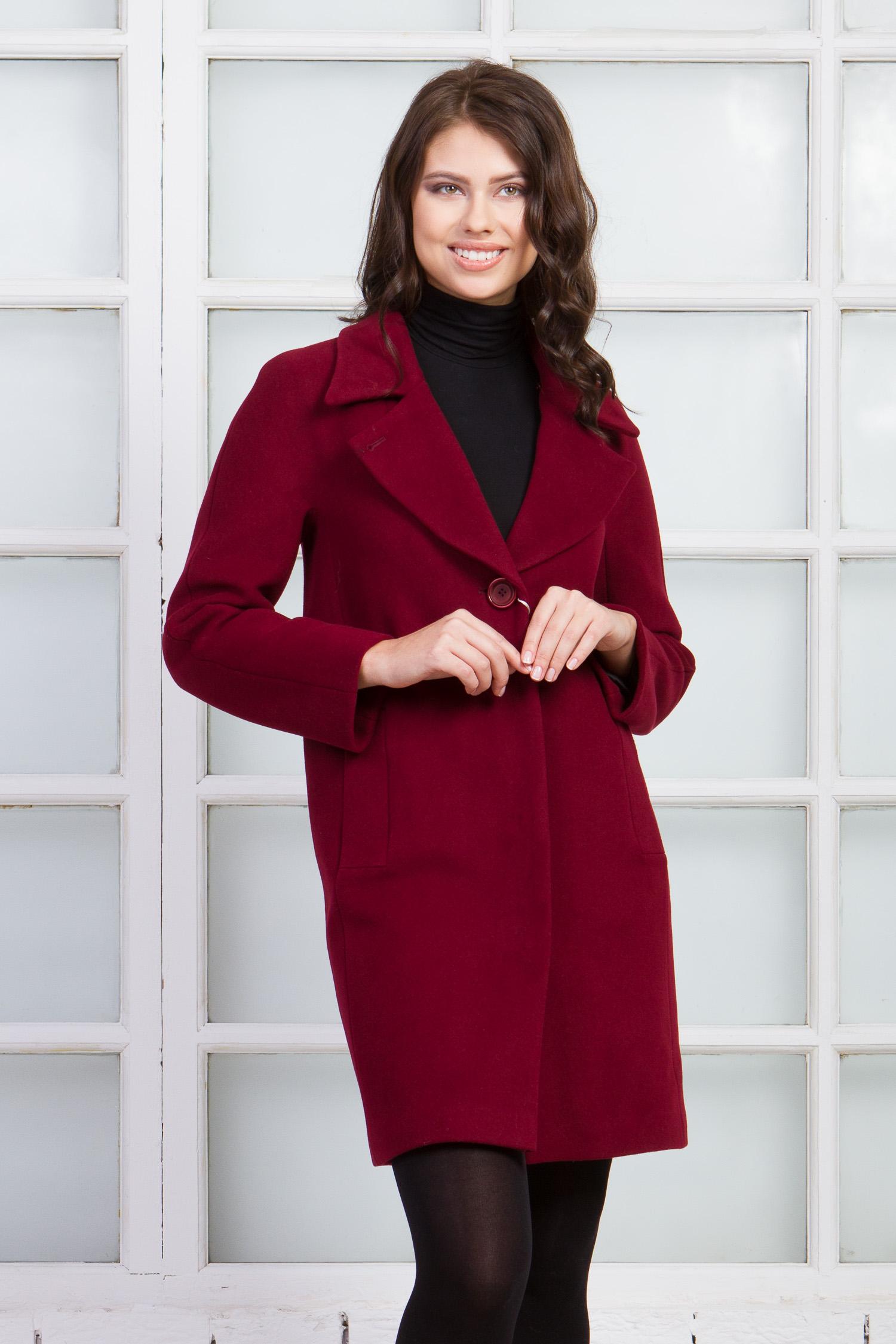 Женское пальто из текстиля с воротником, отделка енот