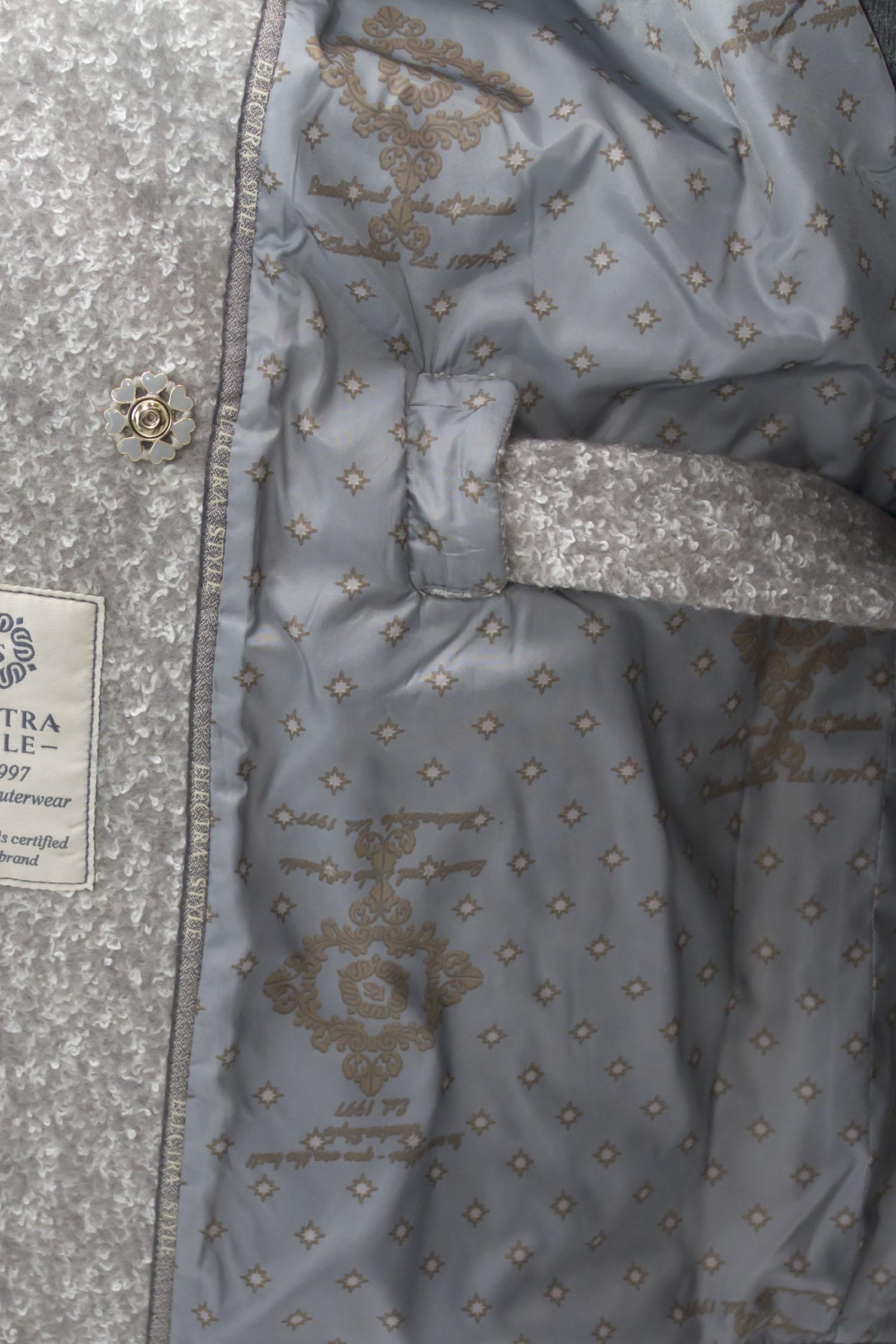 Плащ женский из текстиля с воротником, без отделки