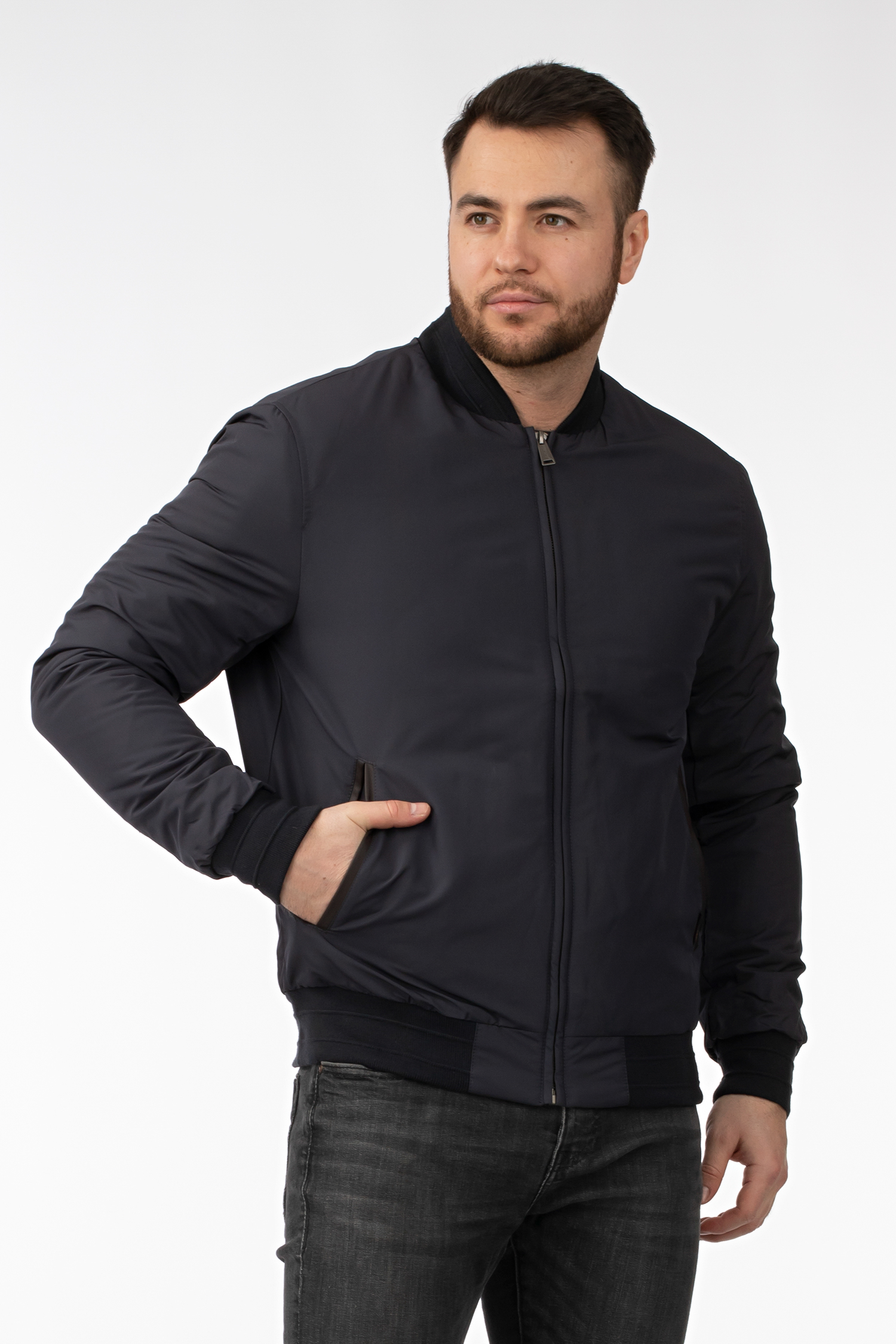 Мужская куртка из текстиля с воротником