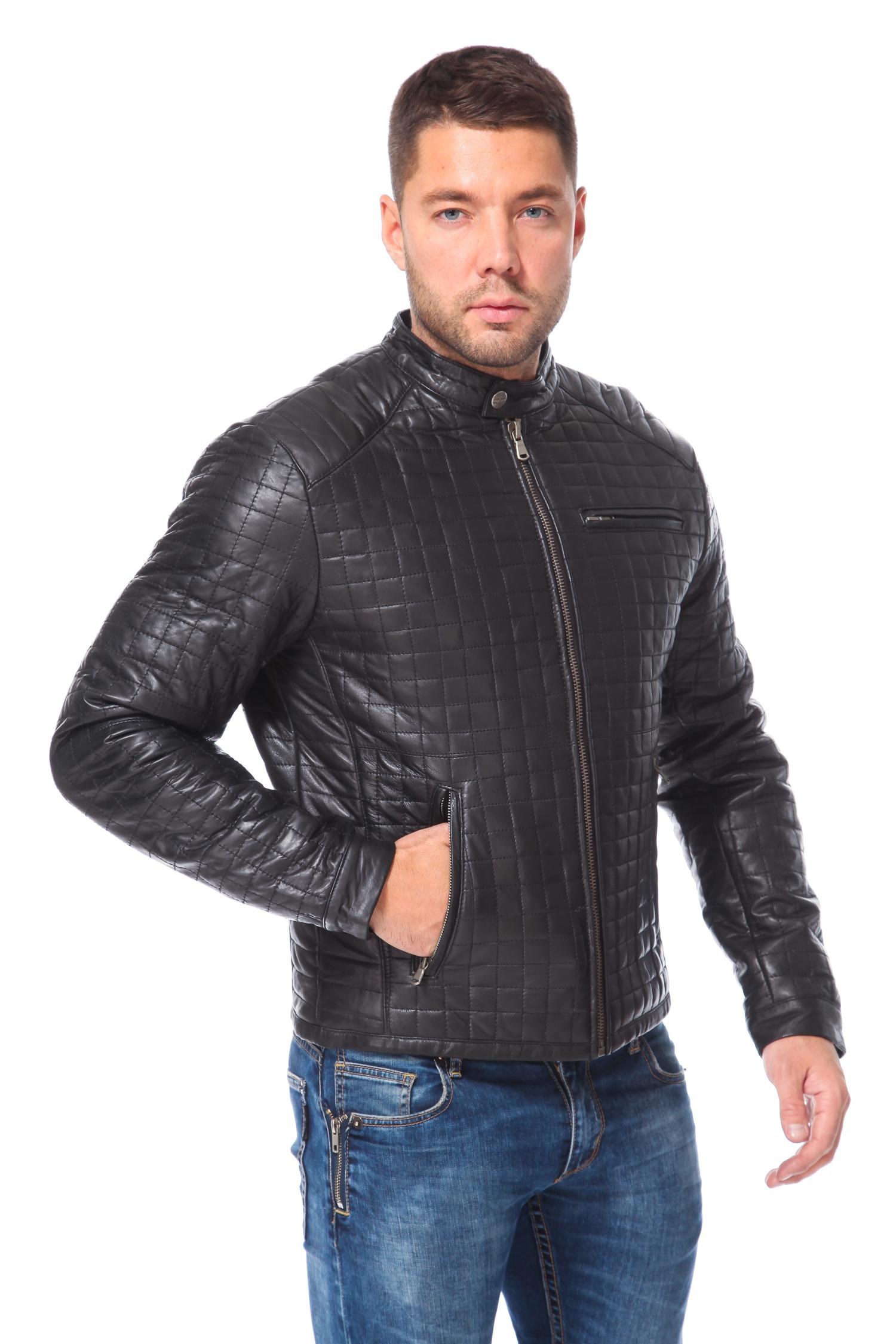 Мужская кожаная куртка из натуральной кожиЦвет  маренго (черный с серым отливом).<br><br>Куртка сшита из специально выделанной кожи молодого ягненка - ПЛОНЖЕ. В качестве утеплителя использован синтепон.<br><br>Кожа ПЛОНЖЕ (знаменитая французская кожа с небольшим блеском) считается самой элитной кожей для мужских курток. Данная модель находка для тех, кто хочет быть в тренде. Она объединила в себе самые модные тенденции сезона, такие как стеганая фактура и конструктивизм. Цвет и фасон изделия позволяет носить его с джинсами, футболками и пуловерами. Можно добавлять в качестве аксессуаров шарфы, перчатки, различные головные уборы. От их стиля будет меняться общий стиль образа. В этом смысле куртка универсальна и может выступать базовой деталью гардероба. Легкая, мобильная и при этом достаточно теплая, она займет достойное место в гардеробе молодых людей, любящих быть в центре внимания.<br><br>Воротник: стойка<br>Длина см: Короткая (51-74 )<br>Материал: Кожа овчина<br>Цвет: черный<br>Застежка: на молнии<br>Пол: Мужской<br>Размер RU: 44