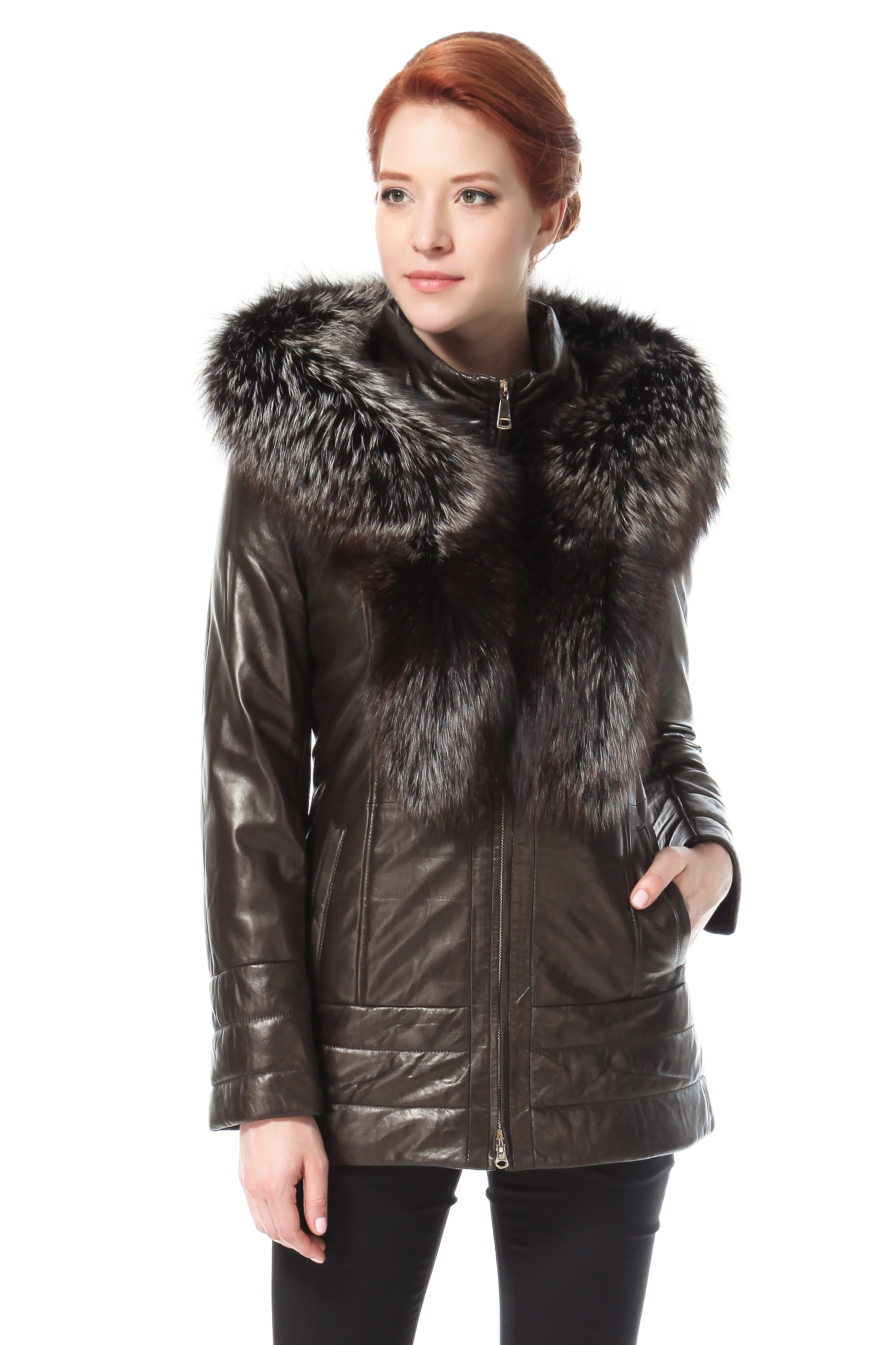 Женская кожаная куртка из натуральной кожи с капюшоном, отделка чернобуркаЦвет  горького шоколада.<br><br>Куртка сшита из специально выделанной кожи молодого ягненка - ПЛОНЖЕ. Воротник выполнен из меха черно-бурой лисы. В качестве утеплителя использован синтепон.<br><br>Модель с безупречной посадкой, лаконичным силуэтом, минимумом деталей, выгодно отличается практичностью иуниверсальностью. Мягкий кожаный пояс подчеркнет женственную линию бедра. Воротник стойка и роскошный капюшон с отделкой из меха чернобурки , позволят быть всегда во всеоружии, несмотря на любые погодные условия<br><br>Воротник: Капюшон<br>Длина см: 75<br>Материал: Натуральная кожа<br>Цвет: Коричневый<br>Вид застежки: Чернобурка<br>Застежка: Синтепон<br>Пол: Женский