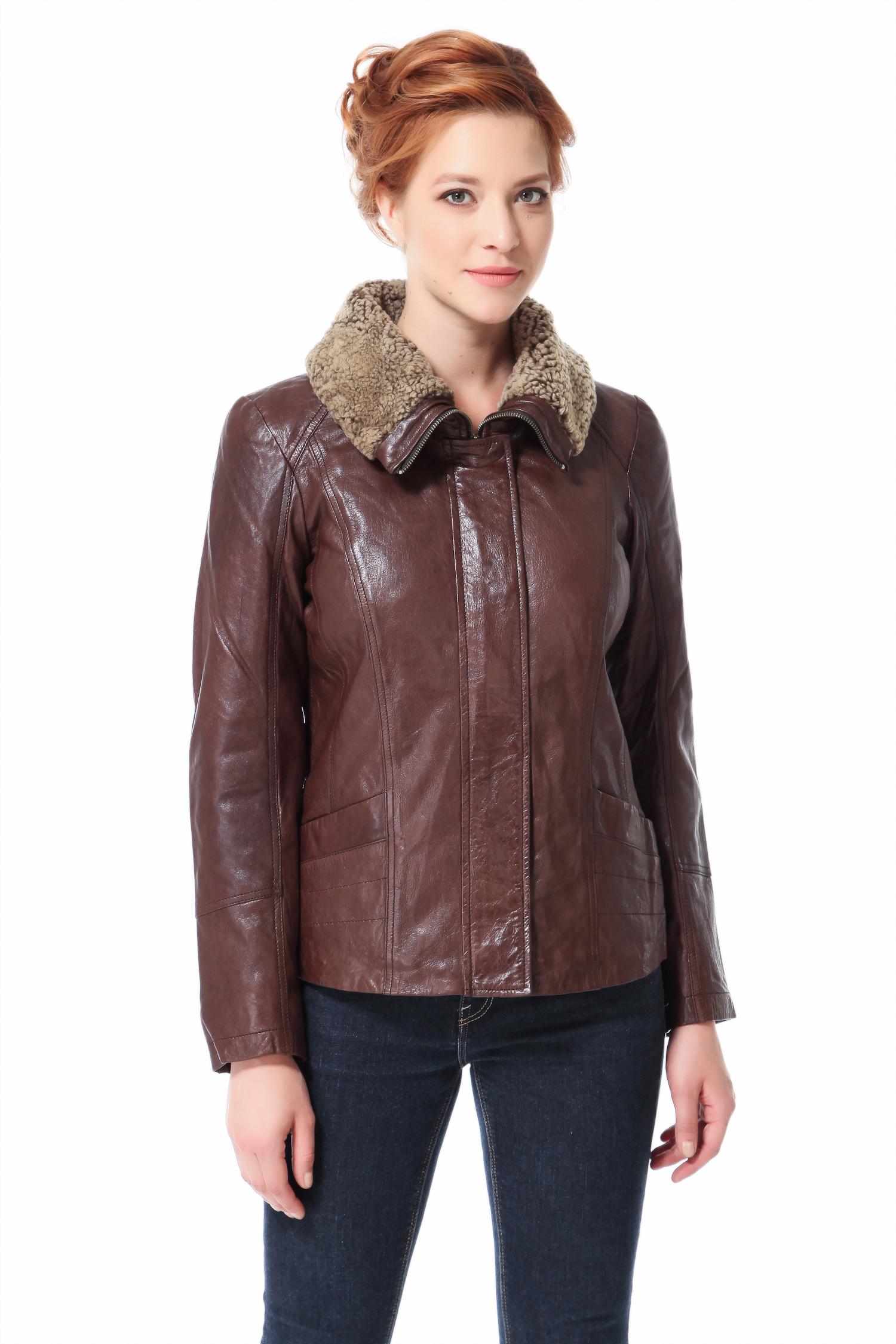 Женская кожаная куртка из натуральной кожи с воротником, отделка овчинаЦвет  гаванской сигары.<br><br>Модель изготовлена из великолепно выделанной кожи теленка  ВЕДЖЕТАЛЬ. В качестве утеплителя использован синтепон.<br><br>Одежда в мужском стиле  тренд сезона , и каждой моднице доподлинно известно, что вещи, позаимствованные из гардероба мужчин, смотрятся на прекрасной половине человечества просто великолепно. Закрытый высокий воротник-стойка с отделкой из овчины, рельефная отстрочка имитирующая реглан, четкая линия плеча, широкая планка, удобная длина, формируют жесткий, современный образ. Модель ярко подчеркнет индивидуальность ее обладательницы, а также позволит не только идти в ногу с модой, но и при этом чувствовать себя тепло, легко и комфортно.<br><br>Воротник: отложной<br>Длина см: Короткая (51-74 )<br>Материал: Кожа овчина<br>Цвет: коричневый<br>Вид застежки: потайная<br>Застежка: на молнии<br>Пол: Женский<br>Размер RU: 42