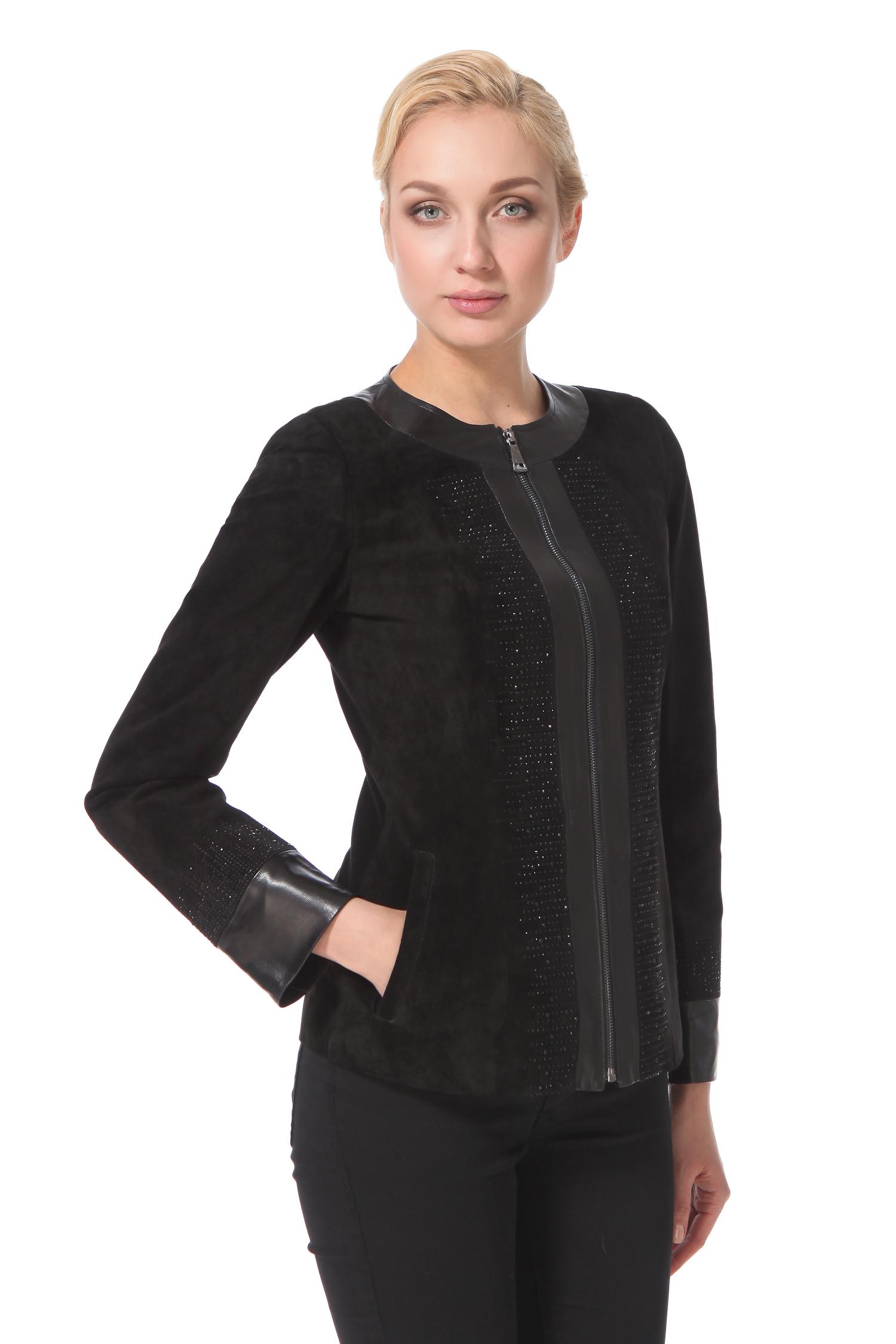 Женская кожаная куртка из натуральной замши, без отделкиЦвет-оникс.<br><br>Лучшие традии элегантной классики. Куртка выполнена из натуральной замши. Отдельные детали изделия - воротник шанель, рукава и застежка - декорированы натуральной кожей. Куртка дополнена втачными карманами. Характерная особенность - это украшение стразами, камни цвета оникс добавляют этой куртке уникальность и утонченность.<br><br>Длина см: Короткая (51-74 )<br>Материал: Замша<br>Цвет: черный<br>Застежка: на молнии<br>Пол: Женский<br>Размер RU: 52