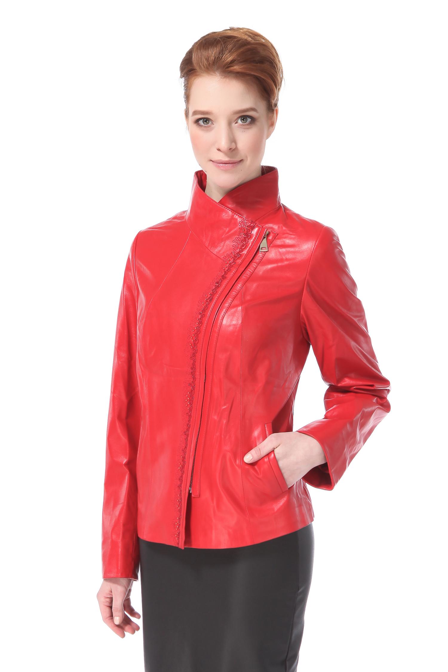 Женская кожаная куртка из натуральной кожи с воротником, без отделки<br><br>Воротник: стойка<br>Длина см: Короткая (51-74 )<br>Материал: Кожа овчина<br>Цвет: красный<br>Застежка: на молнии<br>Пол: Женский<br>Размер RU: 50