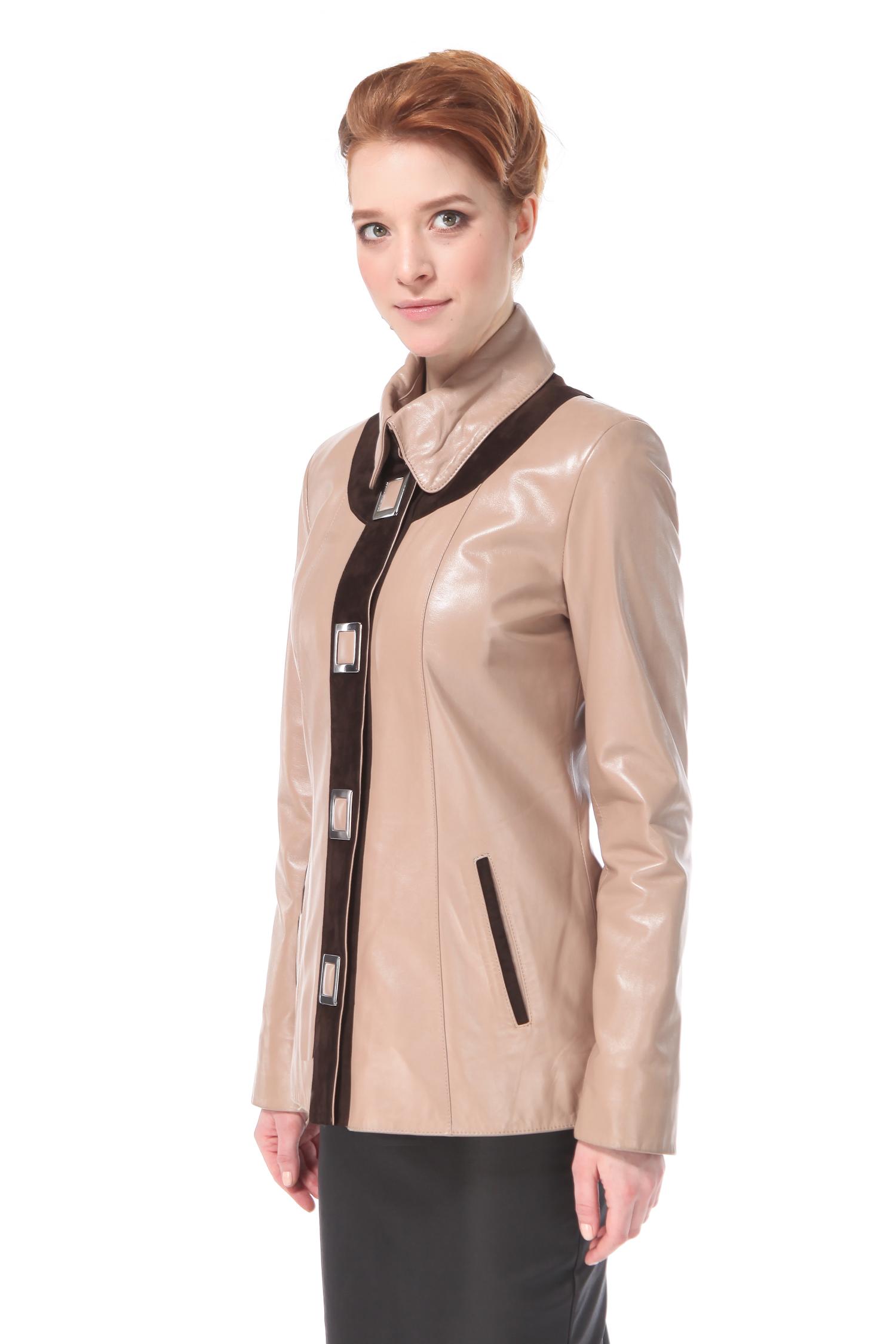 Женская кожаная куртка из натуральной кожи с воротником, без отделкиЦвет – карамель (теплый светлый бежево-розоватый).Классическая куртка продолжает оставаться на гребне волны в бурном море современного разнообразия смешений стилей, красок и отделочных декоративных элементов. Данная классическая модель отличается удачной комбинацией лаконичного прямого кроя, контрастной вертикальной замшевой отделки, эффектно переходящей в декор зоны декольте, позволяя ее обладательницам выглядеть безупречно и очень статусно. Оригинальные, крупные геометричные кнопки делают образ более строгим, одновременно визуально вытягивая силуэт, придавая ему стройность и собранность. Эта элегантная модель удовлетворит запросы самых требовательных покупательниц.<br><br>Длина см: 70<br>Материал: Натуральная кожа<br>Цвет: Бежевый<br>Застежка: Синтепон<br>Пол: Женский