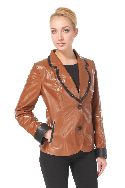 Женская кожаная куртка из натуральной кожи с воротником, без отделки<br><br>Воротник: Английский<br>Длина см: 65<br>Материал: Натуральная кожа<br>Цвет: Коричневый<br>Пол: Женский