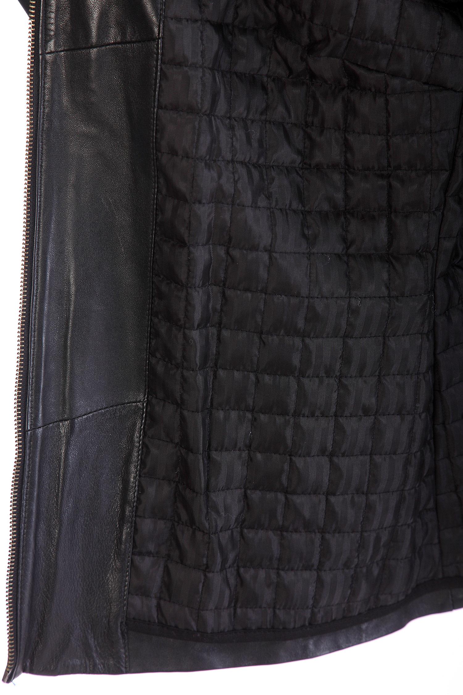 Фото 4 - Женская кожаная куртка из натуральной кожи с воротником от МОСМЕХА черного цвета