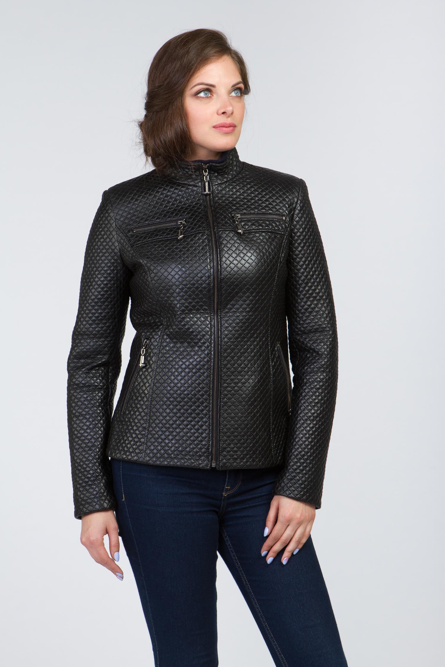 Женская кожаная куртка из натуральной кожи с воротником, без отделки<br><br>Воротник: стойка<br>Длина см: Средняя (75-89 )<br>Материал: Кожа овчина<br>Цвет: черный<br>Вид застежки: центральная<br>Застежка: на молнии<br>Пол: Женский<br>Размер RU: 44