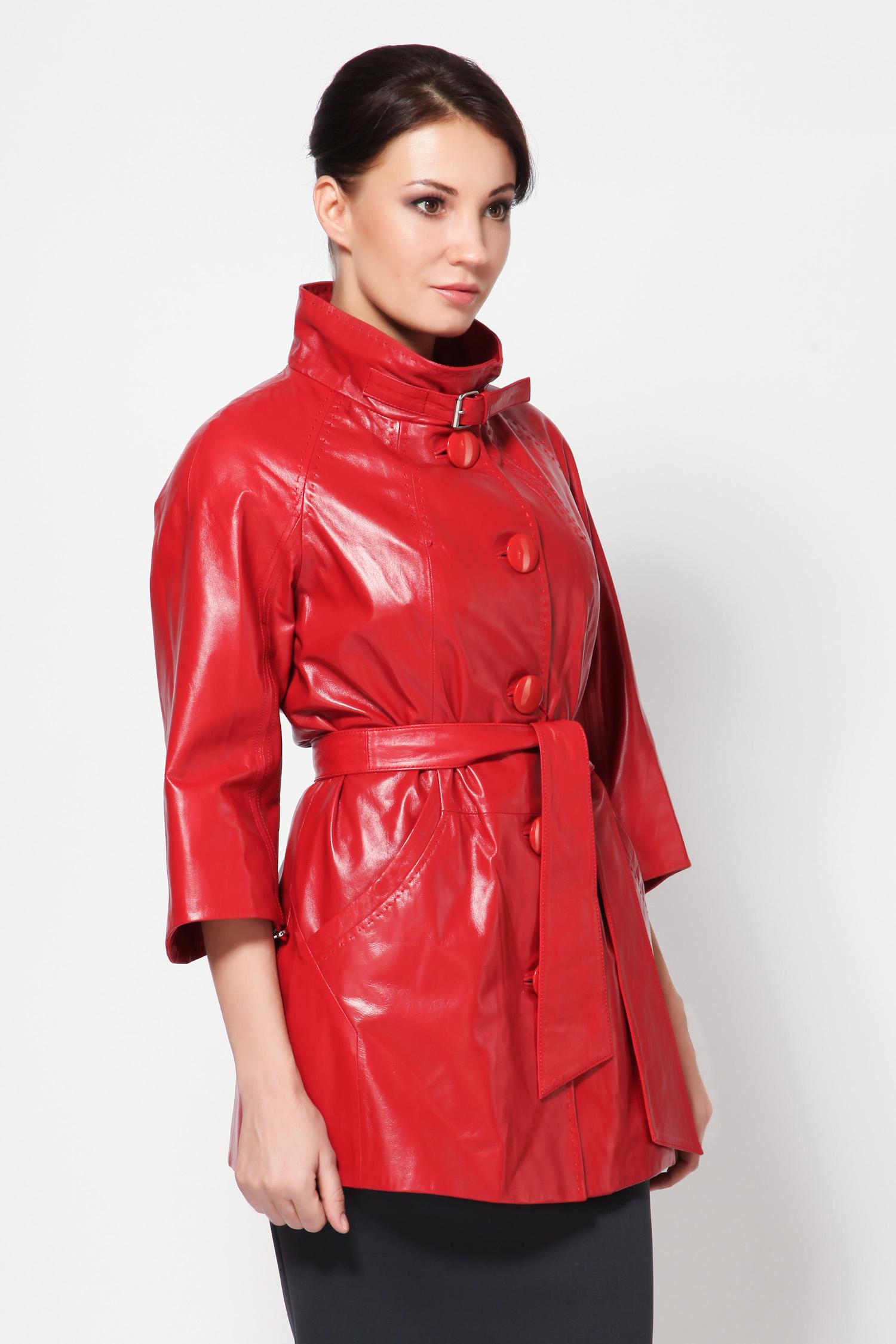 Женская кожаная куртка из натуральной кожи с воротником, без отделки<br><br>Воротник: Стойка<br>Длина см: 75<br>Материал: Плонже<br>Цвет: Красный<br>Пол: Женский