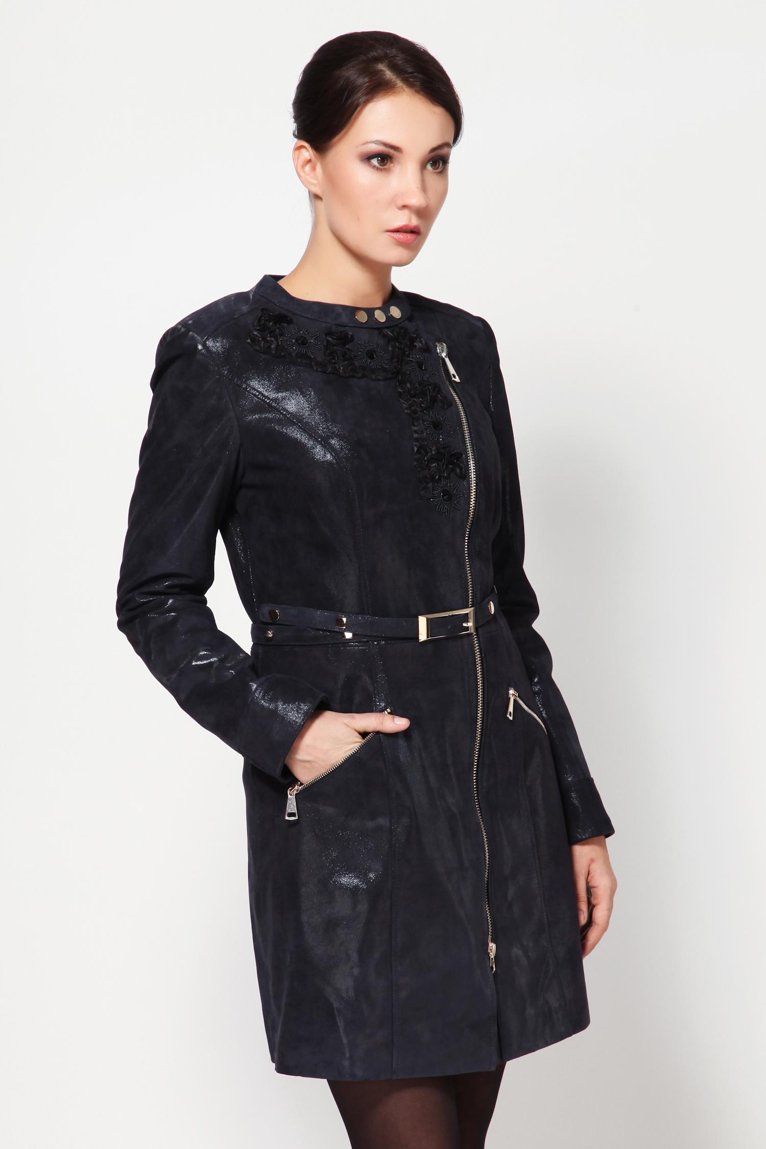 Женское кожаное пальто из натуральной замши (с накатом) с воротником, без отделки<br><br>Воротник: Шанель<br>Длина см: 85<br>Материал: Замша с накатом<br>Цвет: Синий<br>Пол: Женский