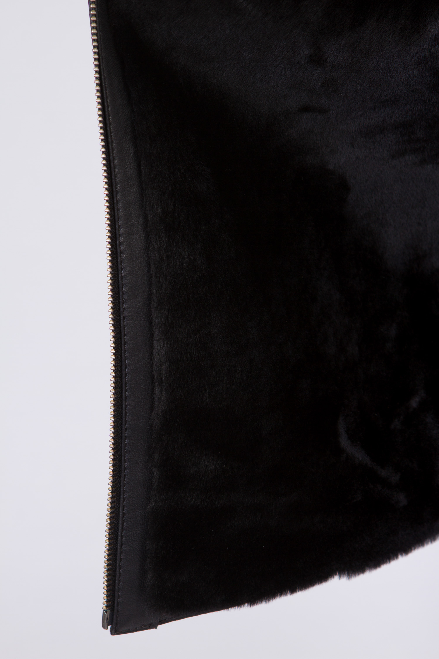 Мужская кожаная куртка из натуральной кожи на меху с воротником, отделка норка от Московская Меховая Компания
