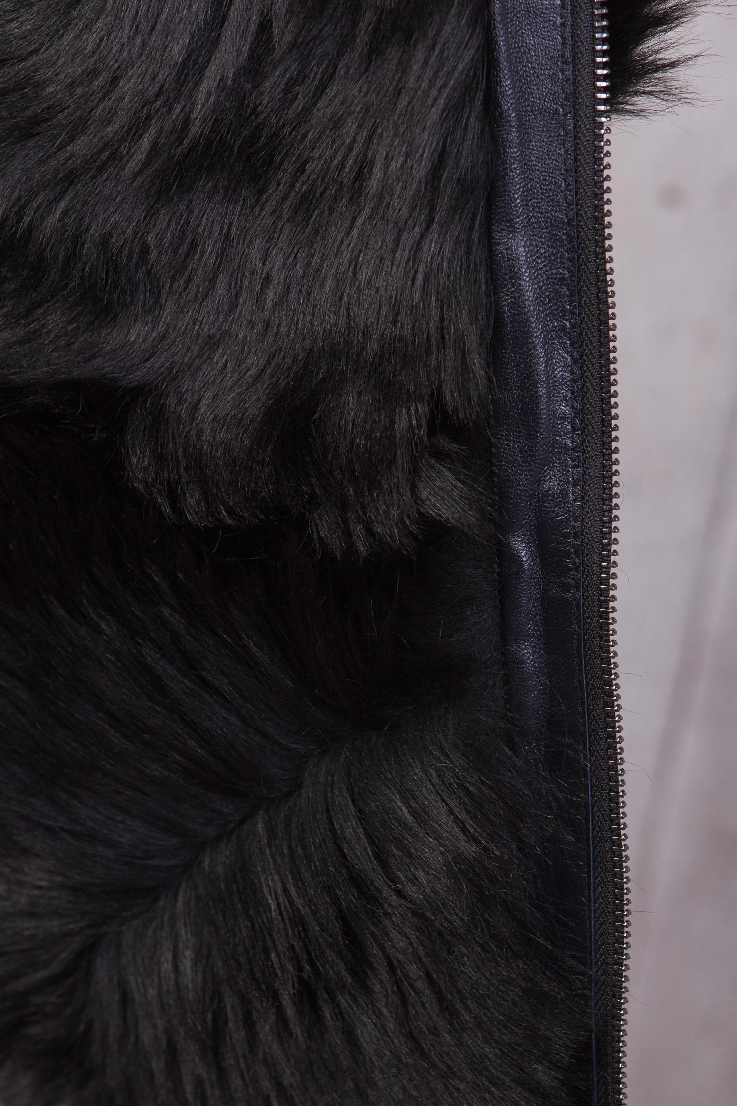 Фото 2 - Мужская кожаная куртка из натуральной кожи на меху с воротником от МОСМЕХА синего цвета