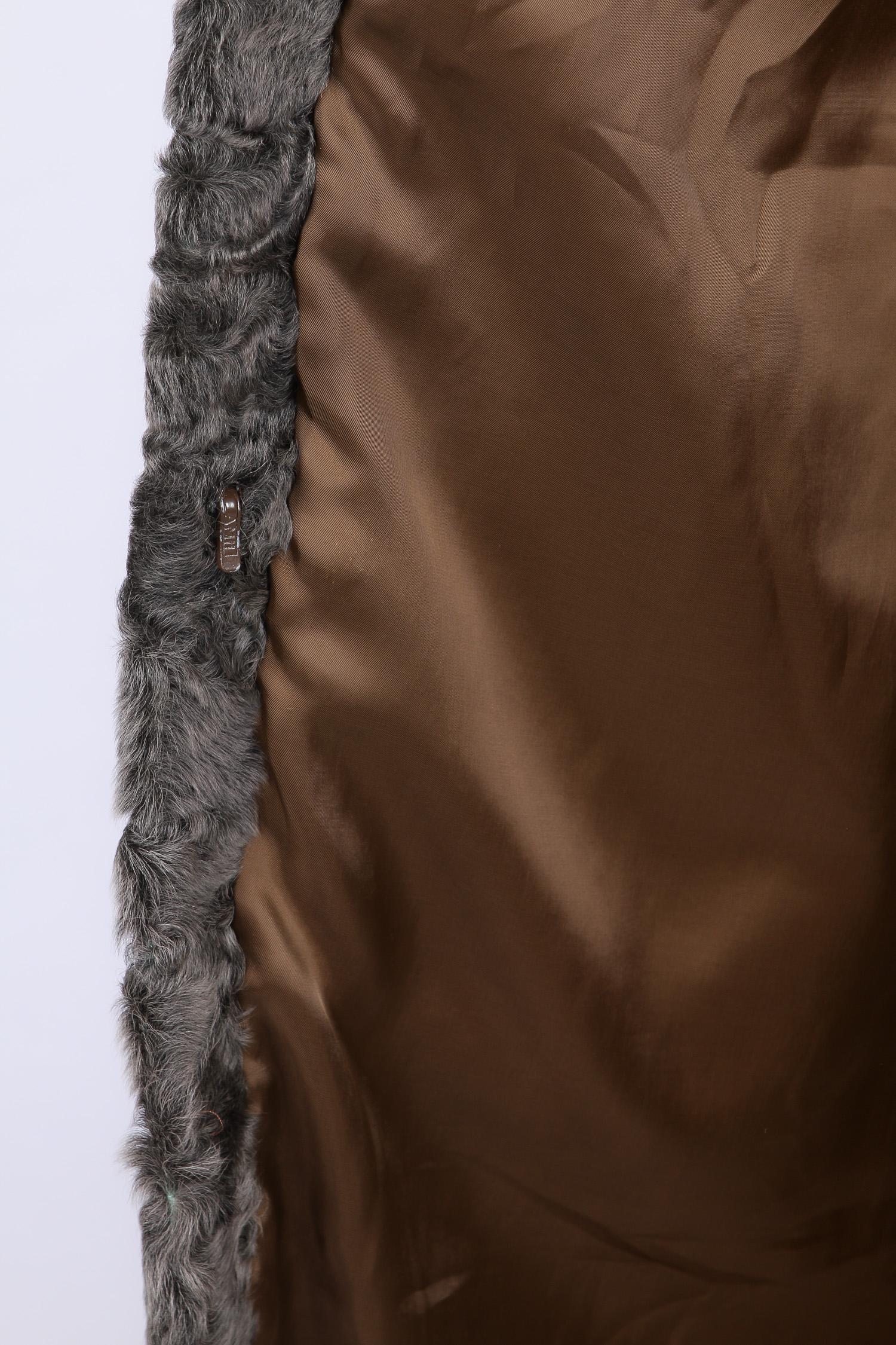 Шуба из каракуля с воротником, без отделки от Московская Меховая Компания
