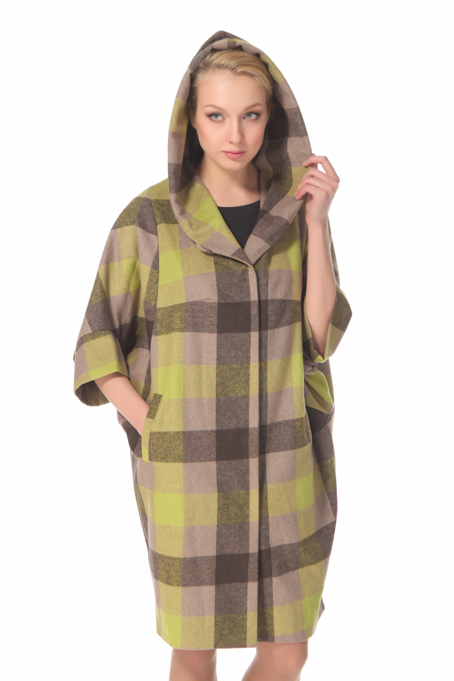 Женское пальто с капюшоном, без отделки<br><br>Воротник: Капюшон<br>Длина см: 95<br>Материал: 50% хлопок 50% шерсть<br>Цвет: Зеленый<br>Пол: Женский