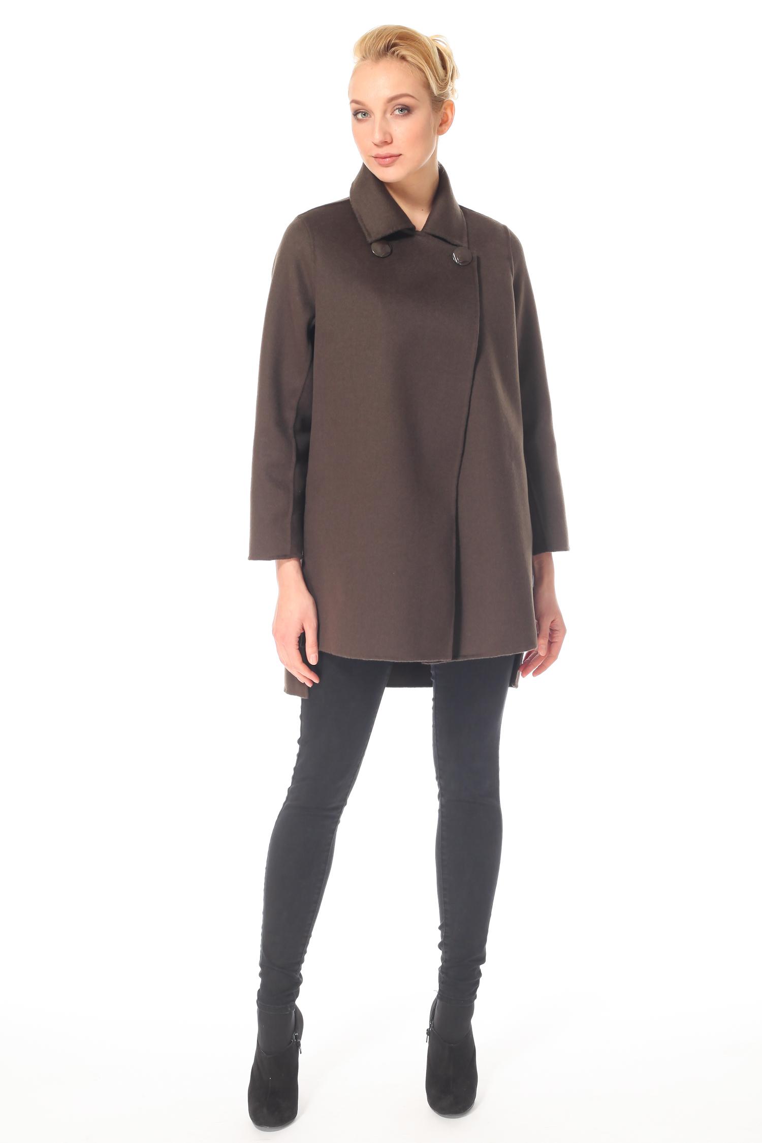 Фото 4 - Женское пальто из текстиля с воротником от МОСМЕХА зеленого цвета