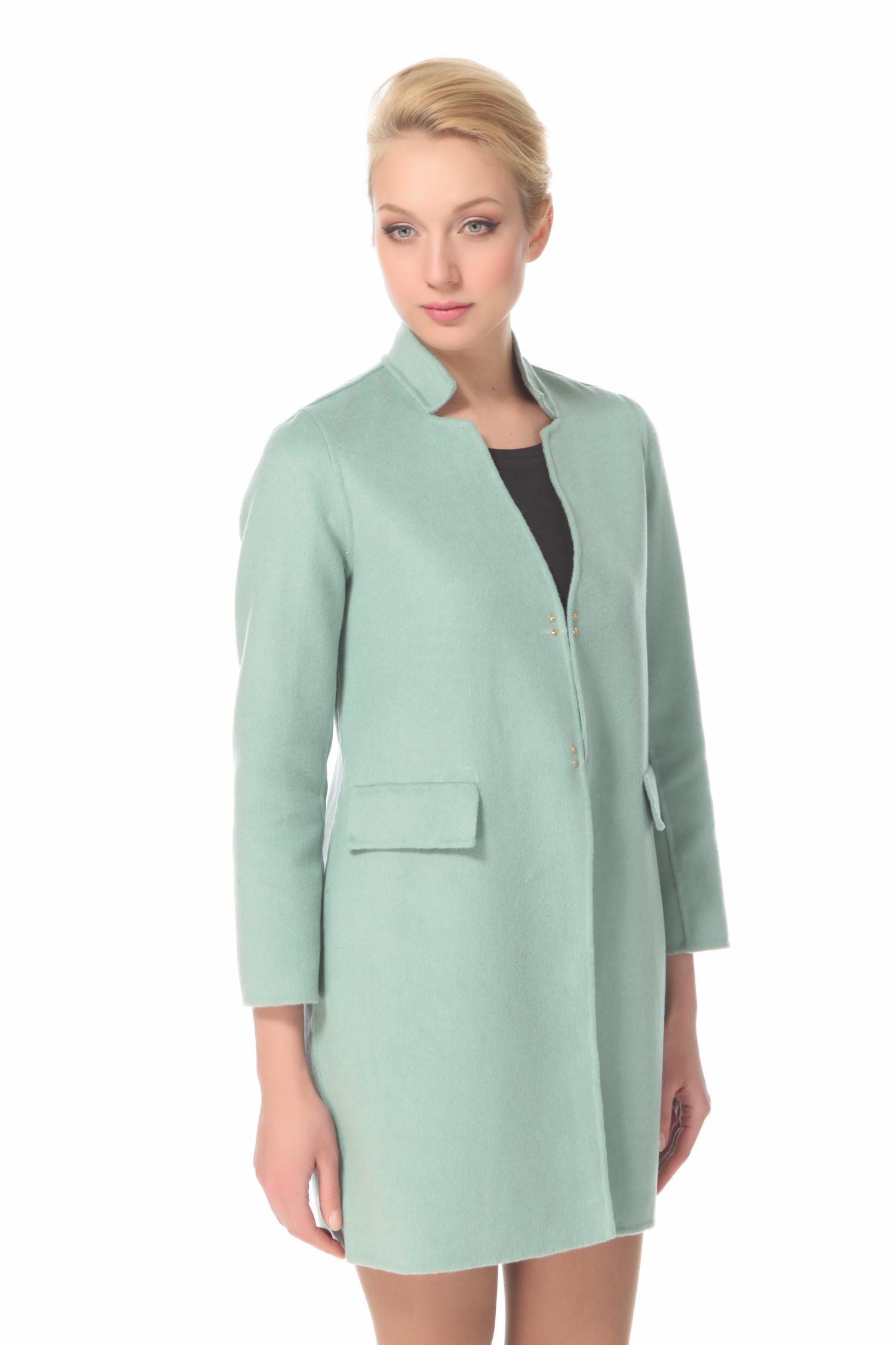Женское пальто с воротником, без отделки<br><br>Воротник: Стойка<br>Длина см: 90<br>Материал: 70% шерсть 30% кашемир<br>Цвет: Бирюзовый<br>Пол: Женский