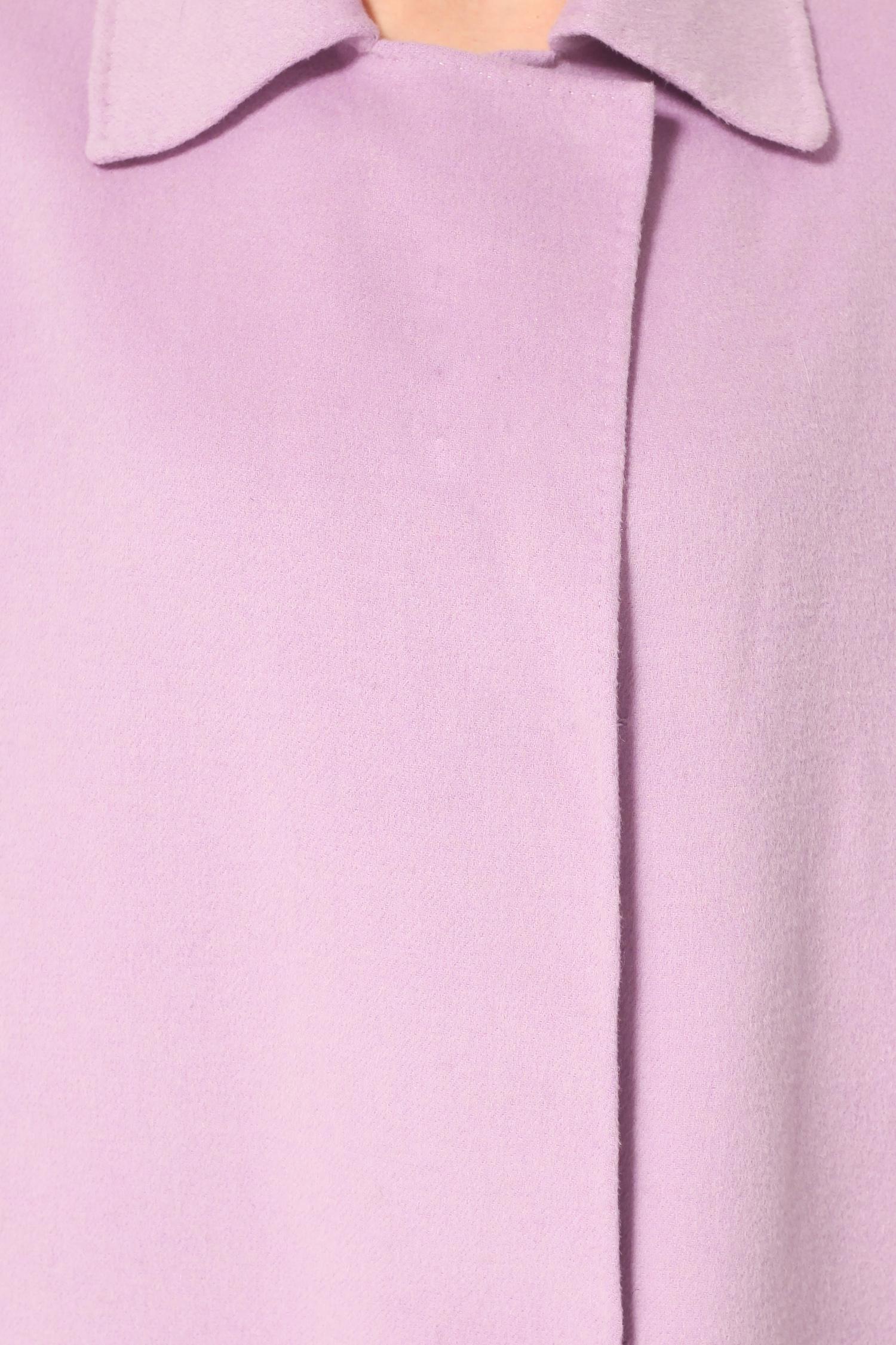Фото 2 - Женское пальто из текстиля с воротником от МОСМЕХА цвета фуксия