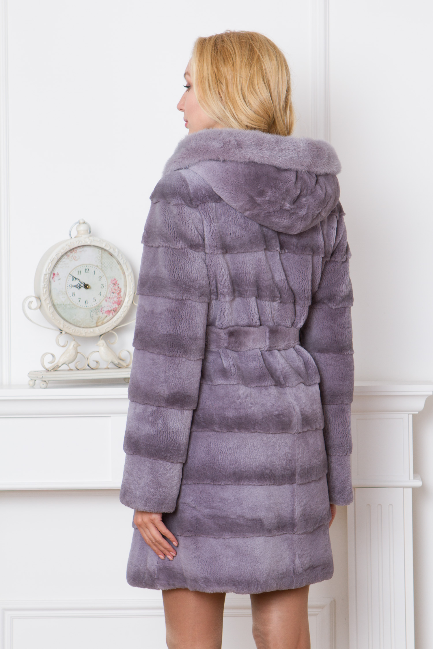Пальто из кролика с капюшоном, отделка норка от Московская Меховая Компания