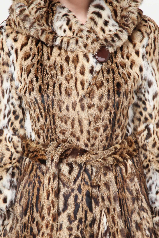 Шуба из камышового кота с капюшоном, без отделки от Московская Меховая Компания