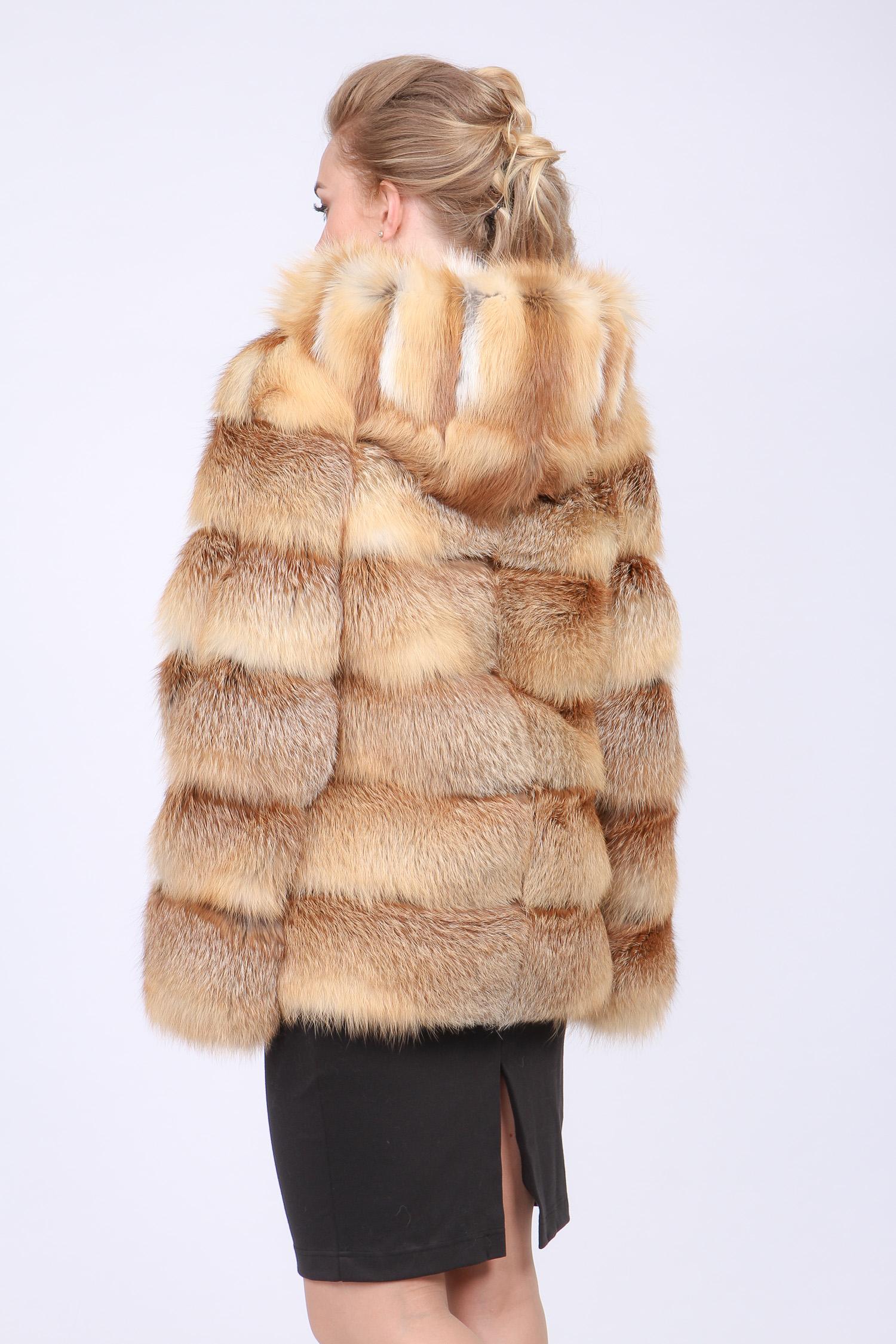 Шуба из лисы с капюшоном, без отделки от Московская Меховая Компания