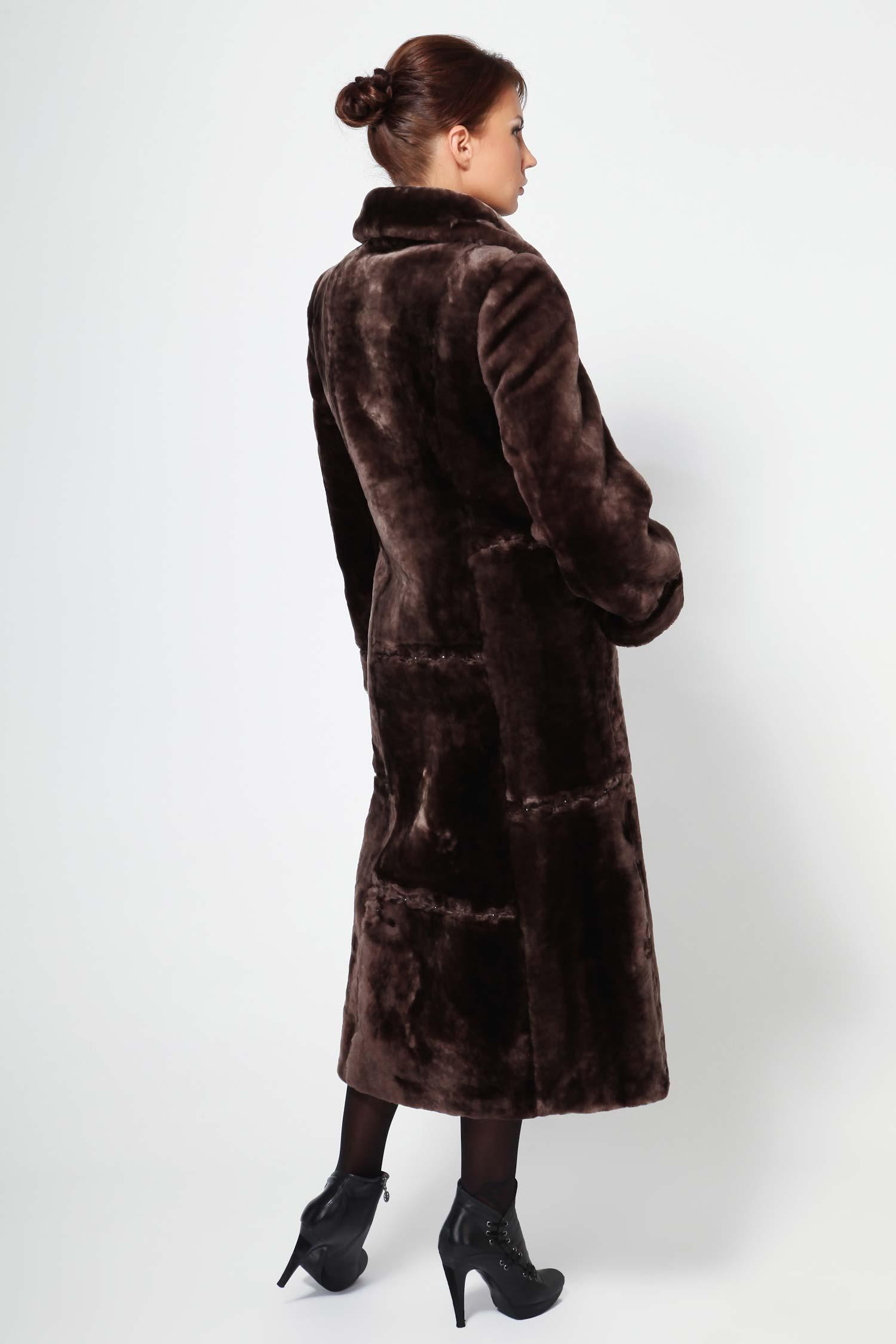 Шуба из мутона с воротником, без отделки от Московская Меховая Компания