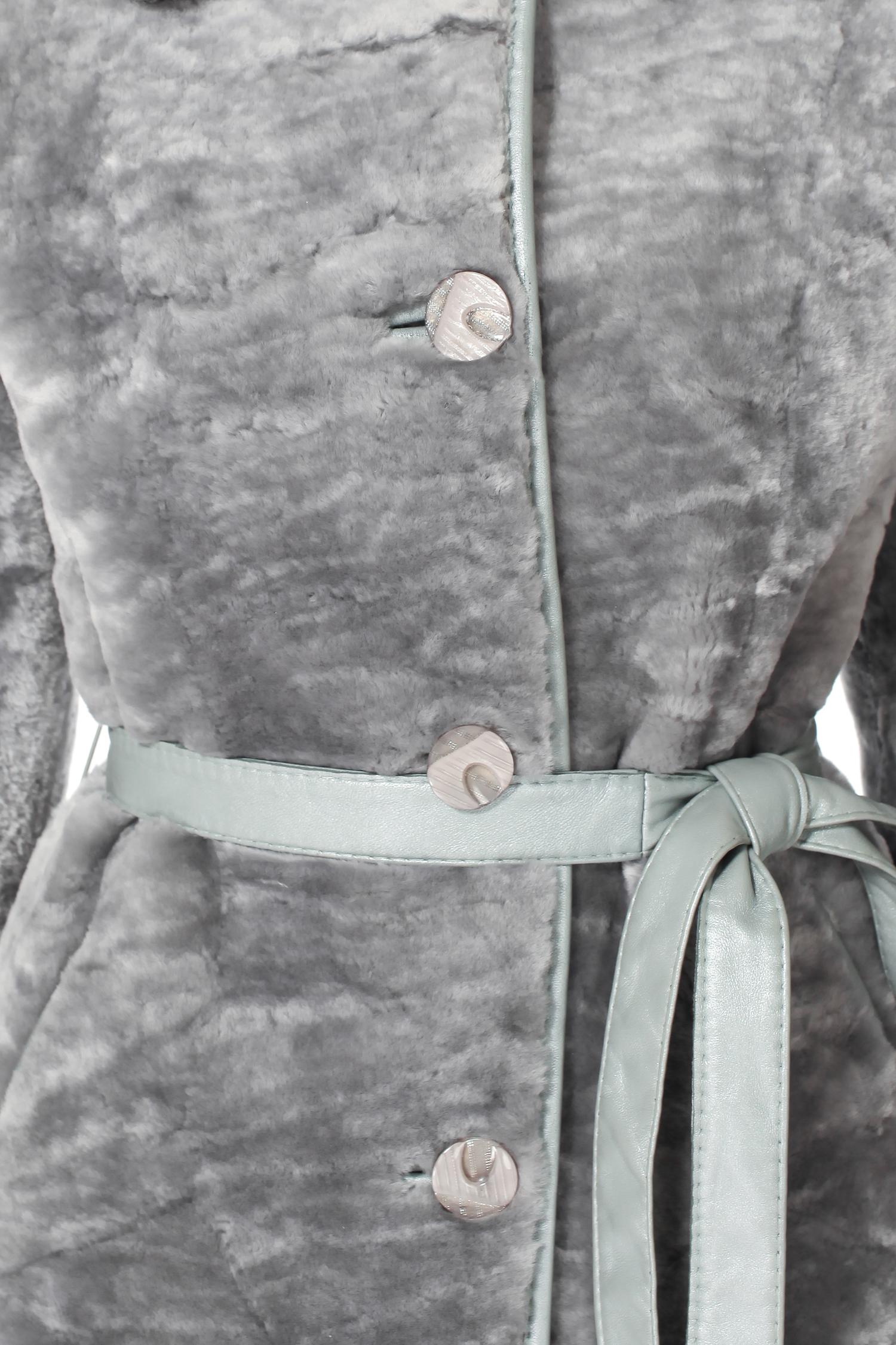Шуба из мутона с воротником, отделка норка+каракуль от Московская Меховая Компания