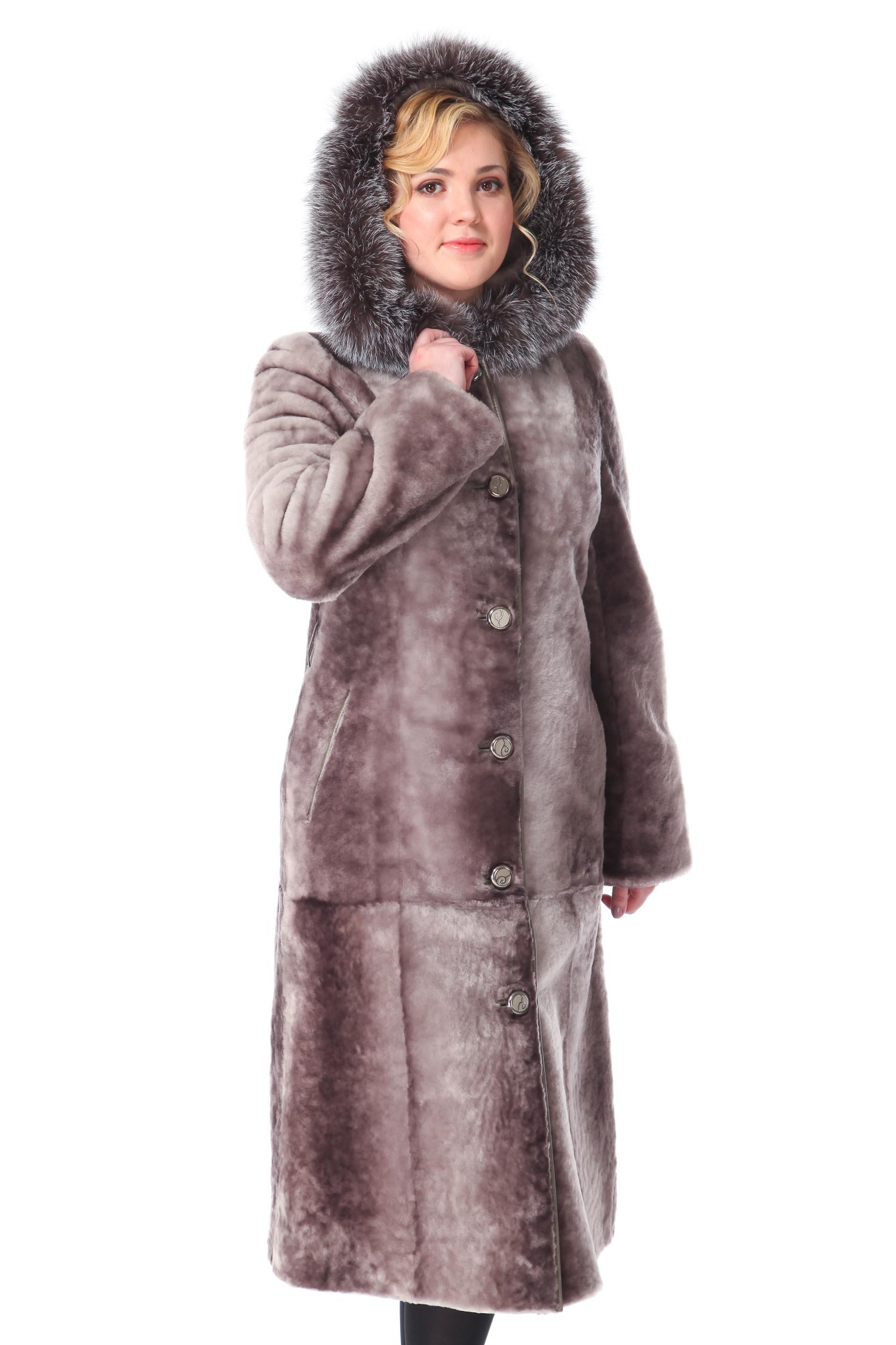 Шуба из мутона с капюшоном, отделка лиса от Московская Меховая Компания
