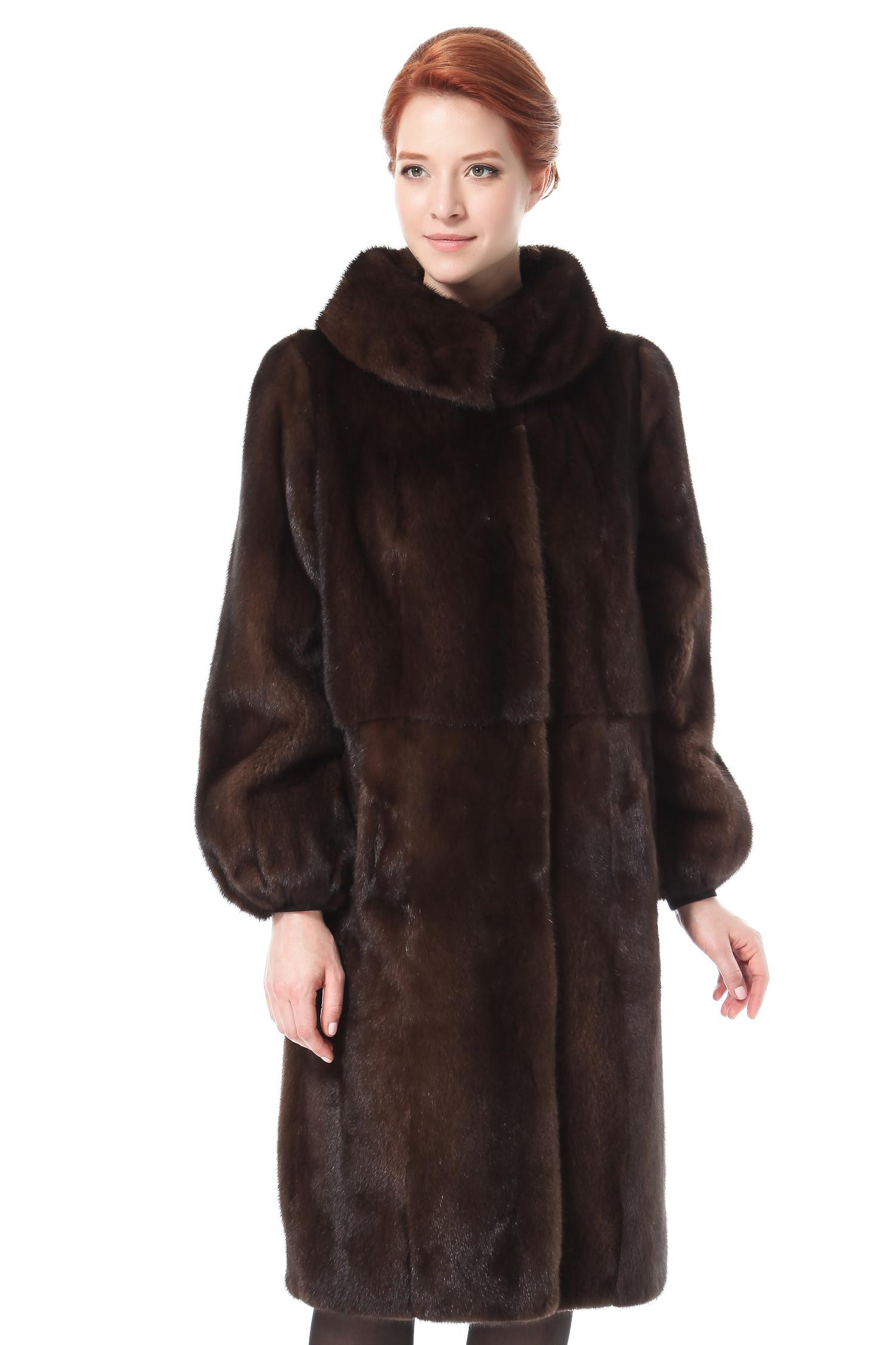 Шуба из норки с воротником, без отделкиЦвет  Коричнево-янтарный<br><br>Пальто изготовлено из высококачественного натурального сырья - меха норки Scan Brown.<br><br>Теплое и максимально комфортное пальто из скандинавской норки является одним из ведущих трендов предстоящего сезона. Прямой, лаконичный силуэт, минимум деталей, выгодно отличается практичностью ифункциональностью. Аккуратный воротник-стойка подчеркивает строгость и статусность. Объемный рукав, кокетливо собранный у нижнего среза, придает образу легкую пикантность. Данная модель изящно подчеркнет все достоинства фигуры и скроет возможные недостатки.<br><br>Воротник: Оригинальный<br>Длина см: 110<br>Цвет: Коричневый<br>Пол: Женский