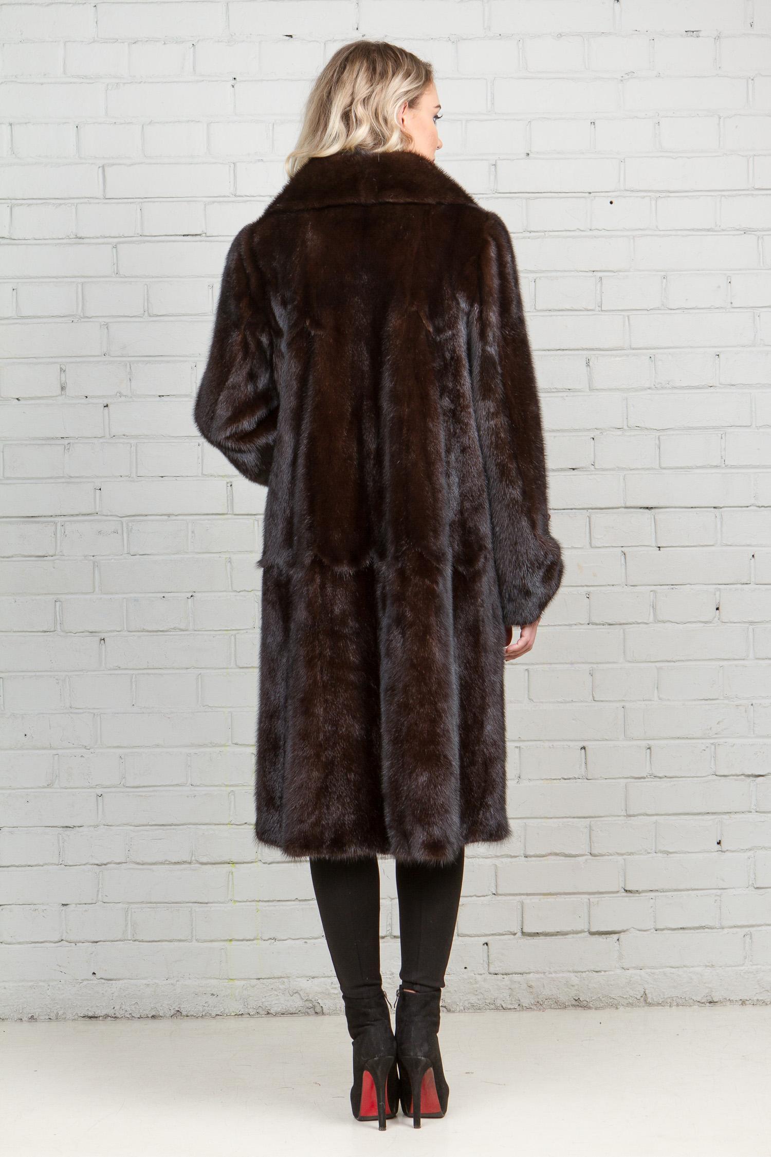 Шуба женская из норки с воротником, без отделки от Московская Меховая Компания