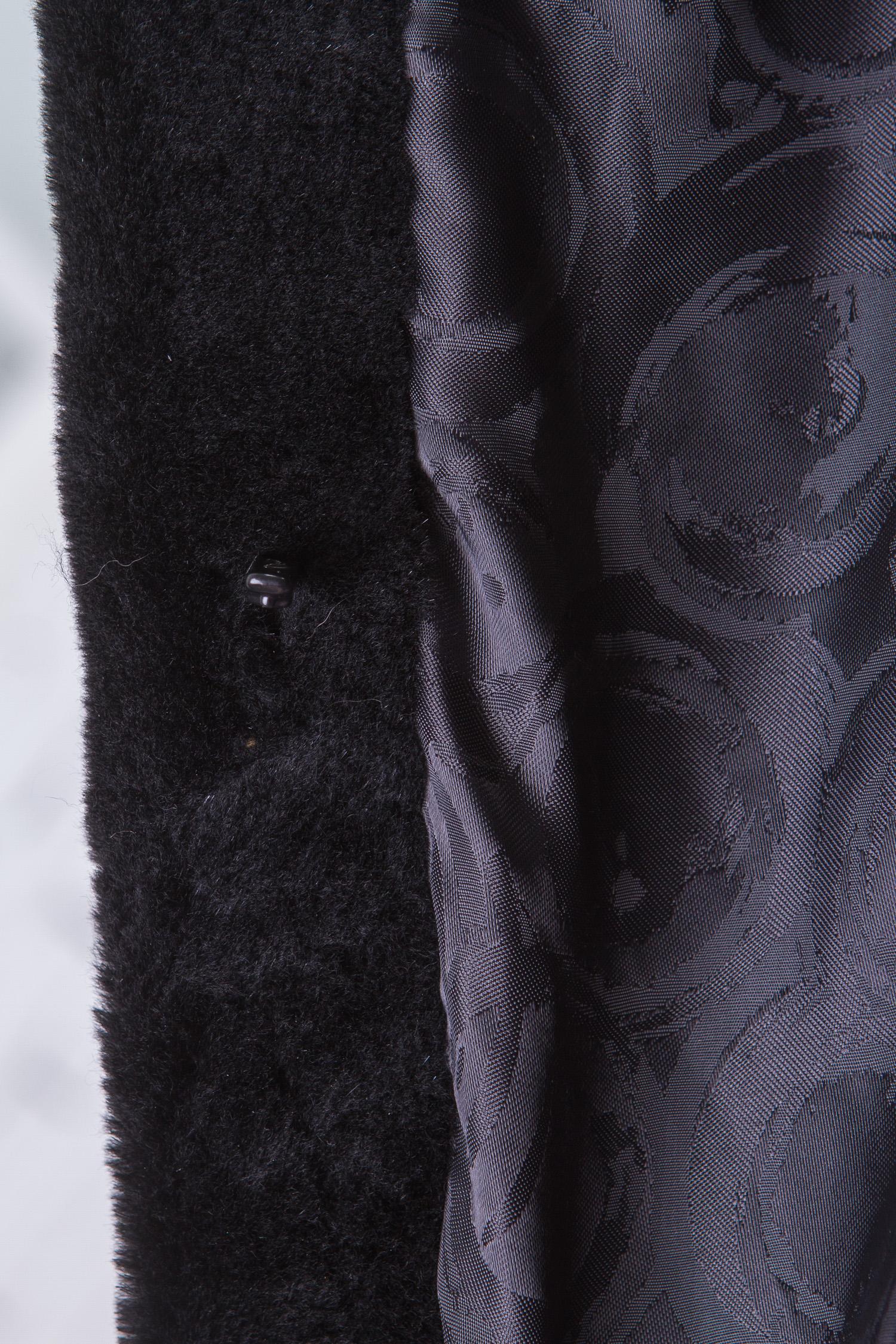 Шуба из нутрии с воротником, отделка блюфрост от Московская Меховая Компания