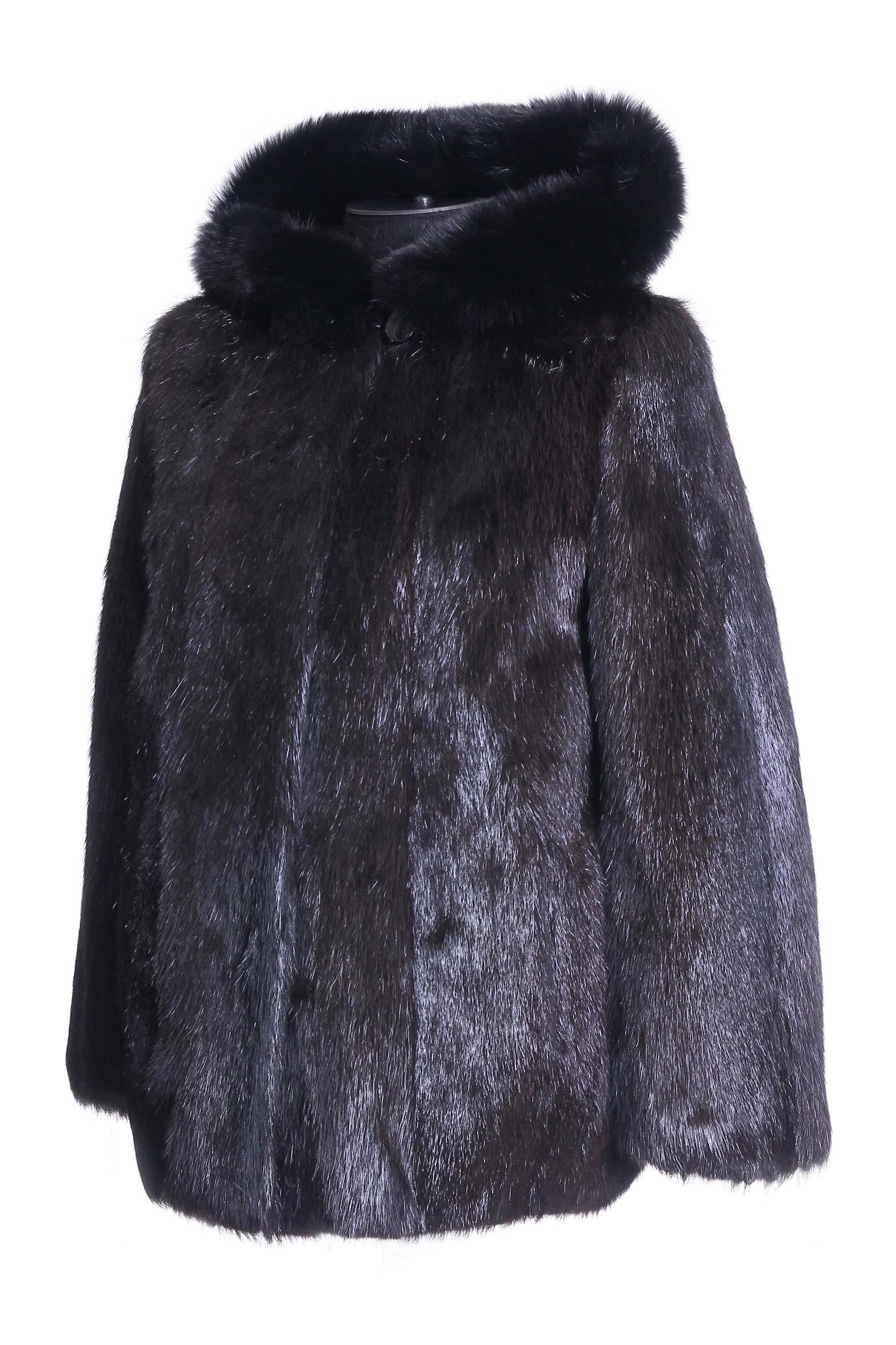 Куртка из нутрии с капюшоном, отделка песец от Московская Меховая Компания