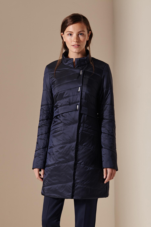 Женское пальто с воротником, без отделки<br><br>Воротник: стойка<br>Длина см: Средняя (75-89 )<br>Материал: Текстиль<br>Цвет: синий<br>Вид застежки: потайная<br>Застежка: на молнии<br>Пол: Женский<br>Размер RU: 56