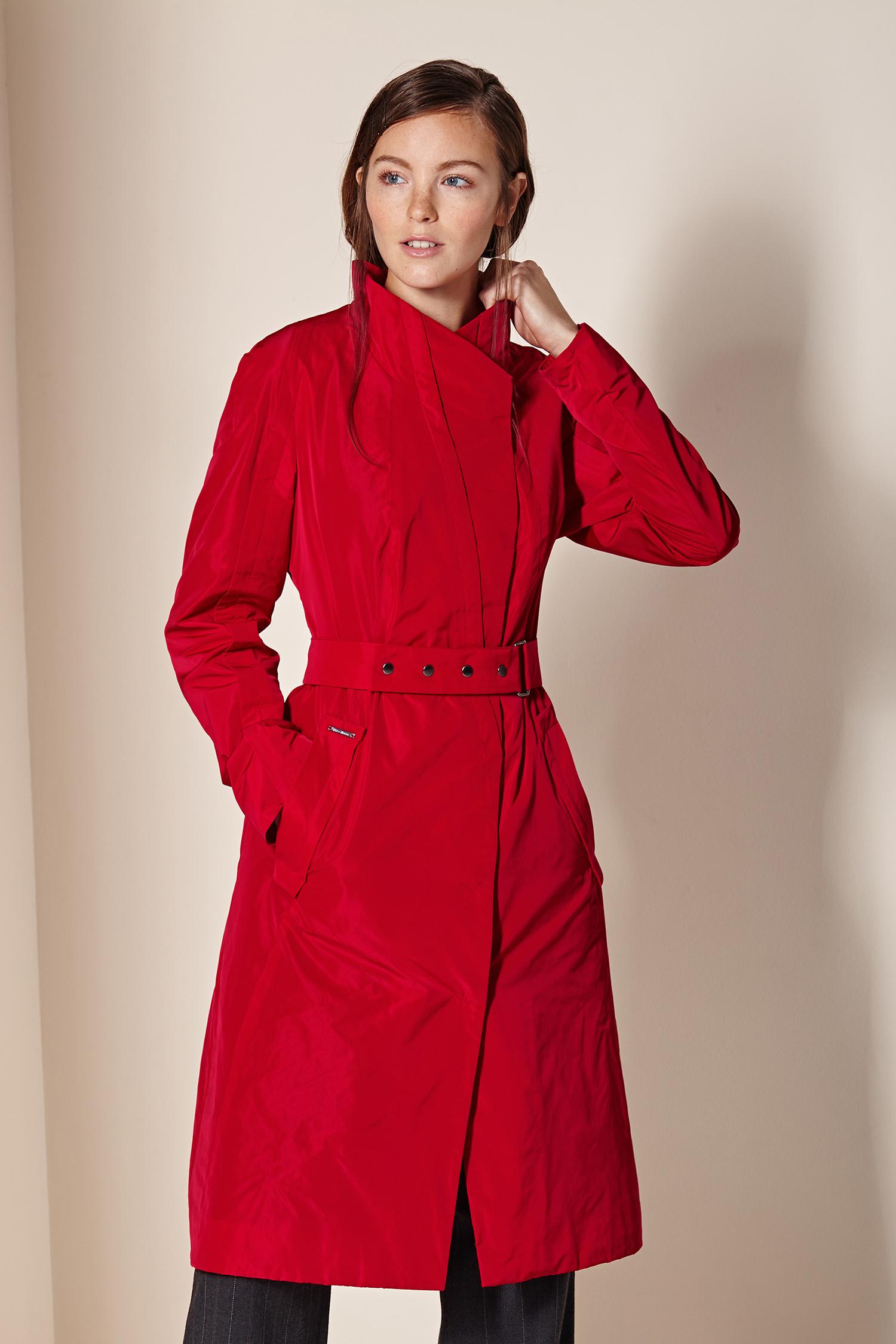Женское пальто с воротником, без отделки. Производитель: Московская Меховая Компания, артикул: 8530