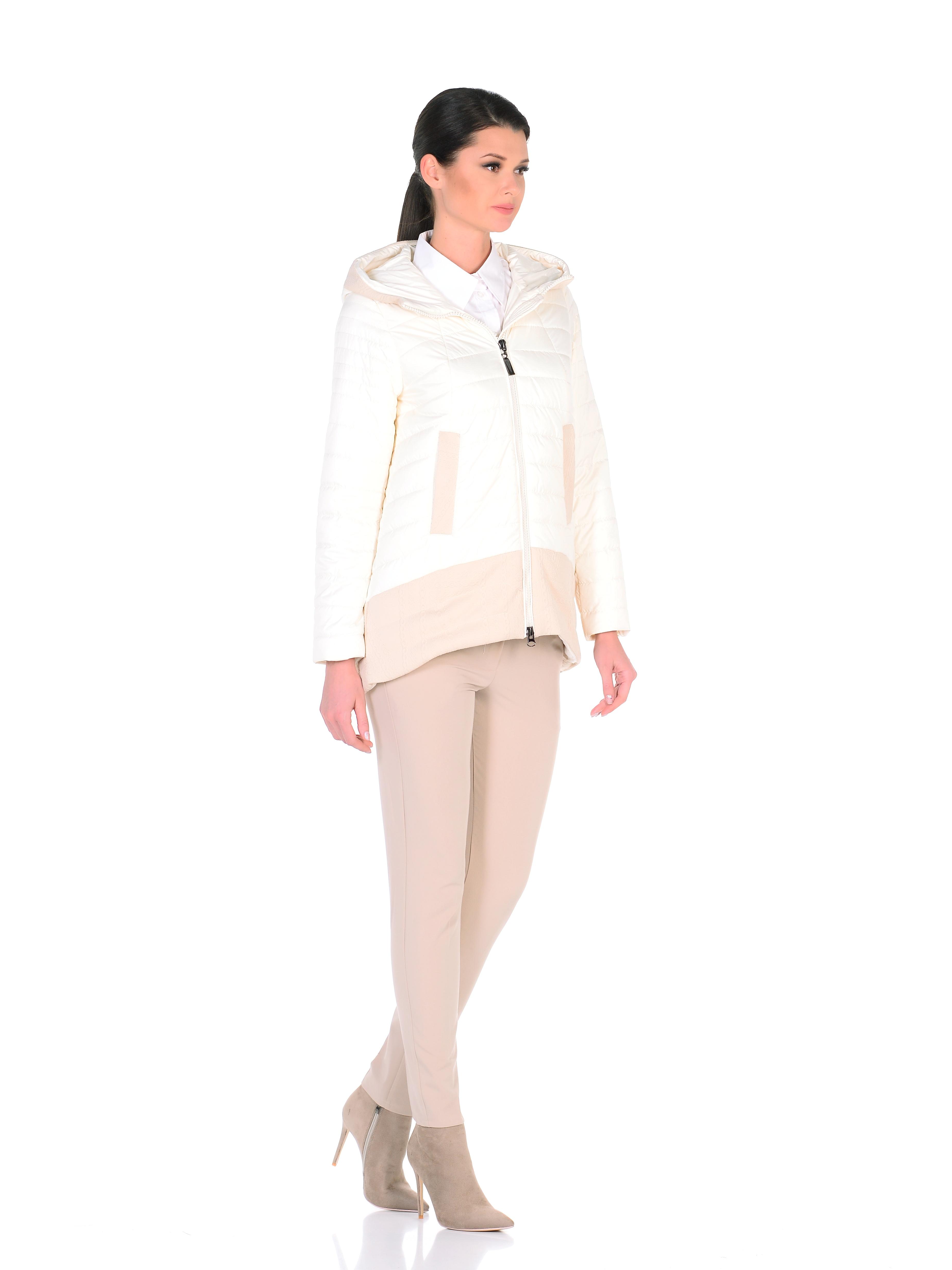 Куртка женская из текстиля с капюшоном, без отделки<br><br>Воротник: капюшон<br>Длина см: Средняя (75-89 )<br>Материал: Текстиль<br>Цвет: бежевый<br>Вид застежки: центральная<br>Застежка: на молнии<br>Пол: Женский<br>Размер RU: 52