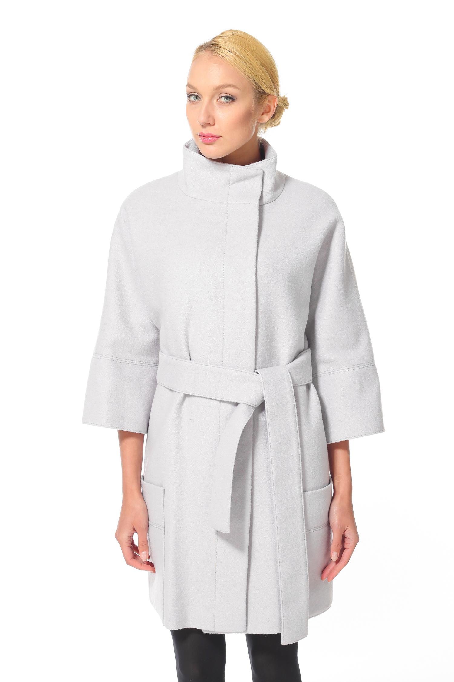 Женское пальто с воротником, без отделки<br><br>Воротник: Стойка<br>Длина см: 90<br>Материал: 80% шерсть 20% полиамид<br>Цвет: Светло-бежевый<br>Пол: Женский