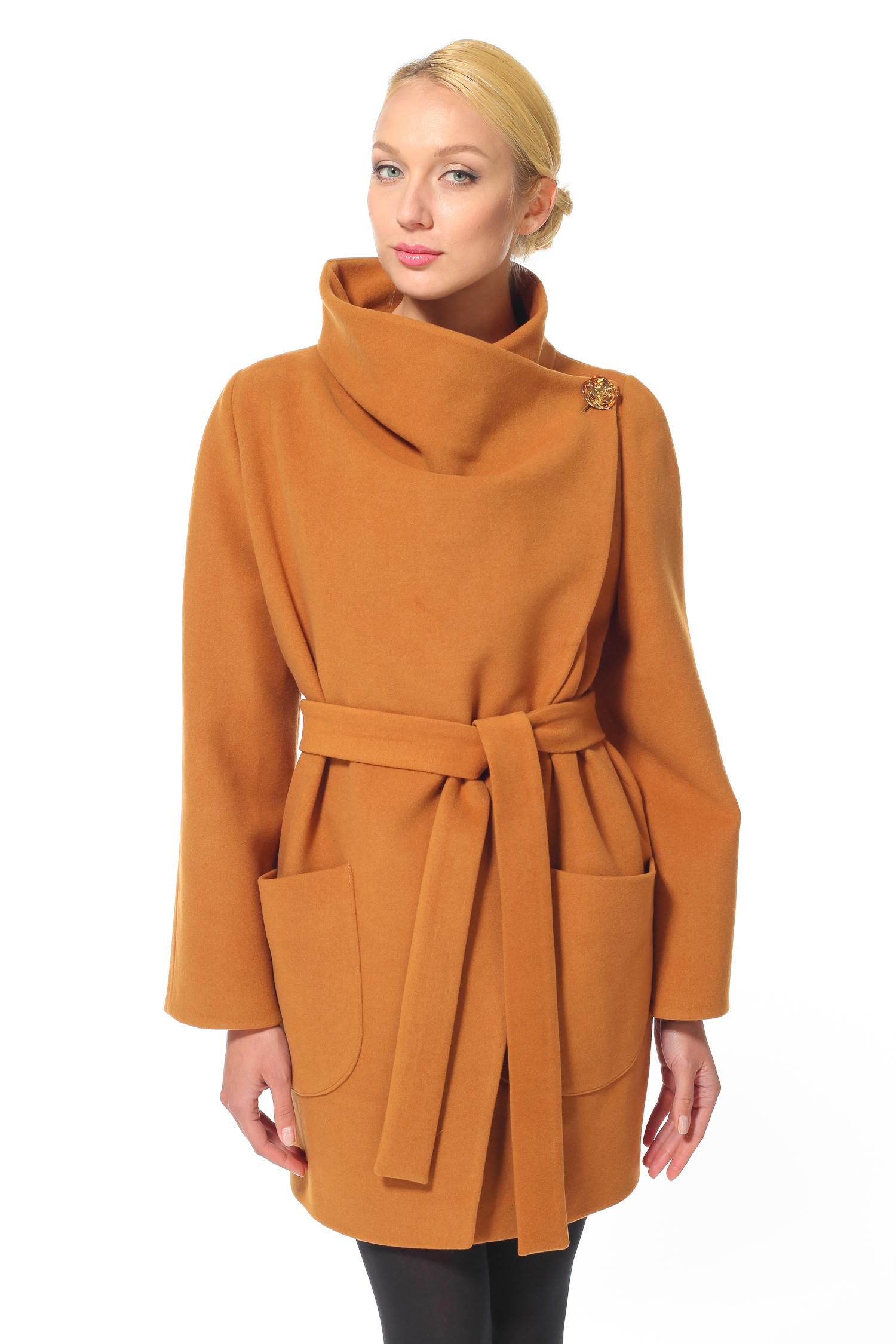 Женское пальто с воротником, без отделки<br><br>Воротник: Оригинальный<br>Длина см: 90<br>Материал: Текстиль<br>Цвет: Бежевый<br>Пол: Женский