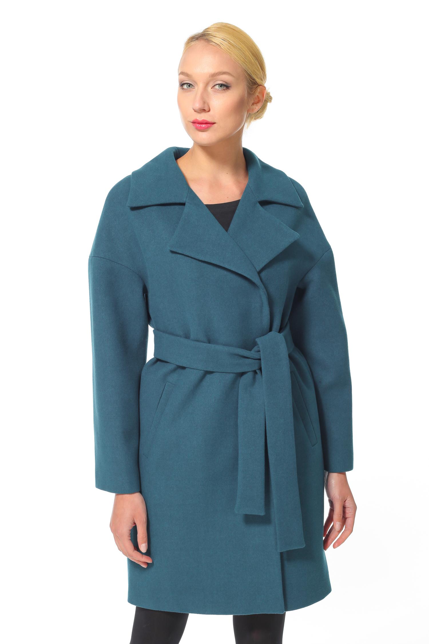 Женское пальто с воротником, без отделки<br><br>Воротник: английский<br>Длина см: Длинная (свыше 90)<br>Материал: Текстиль<br>Цвет: голубой<br>Вид застежки: двубортная<br>Застежка: на пуговицы<br>Пол: Женский<br>Размер RU: 44