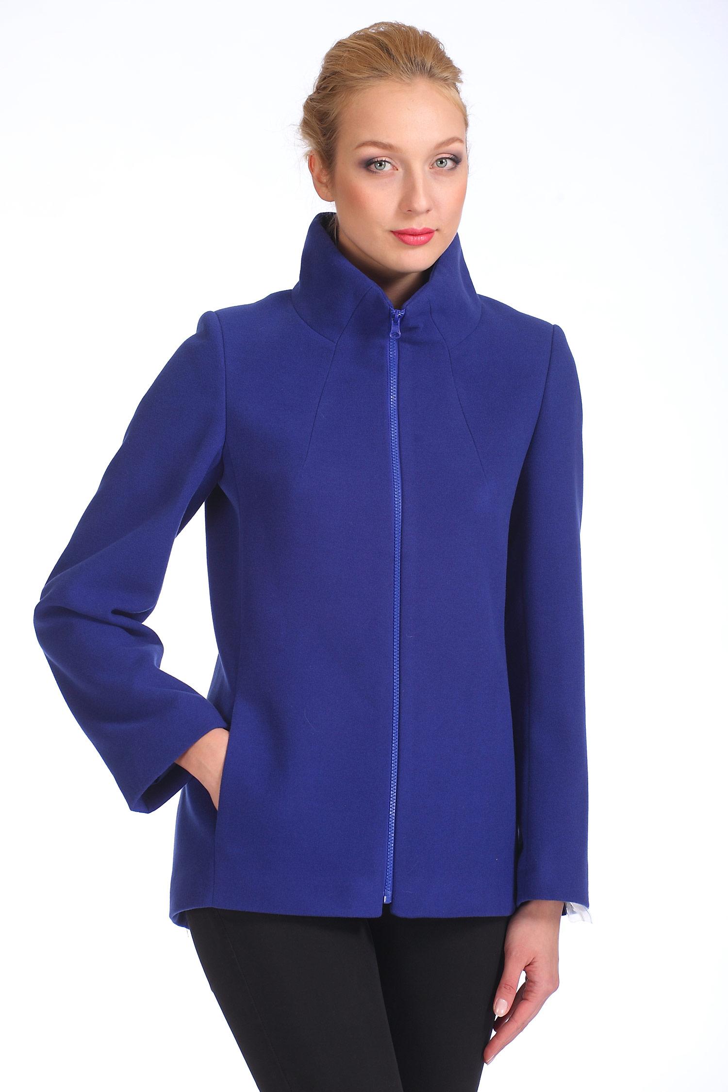Женское пальто с воротником, без отделки<br><br>Воротник: стойка<br>Длина см: Короткая (51-74 )<br>Материал: Комбинированный состав<br>Цвет: синий<br>Вид застежки: центральная<br>Застежка: на молнии<br>Пол: Женский<br>Размер RU: 50